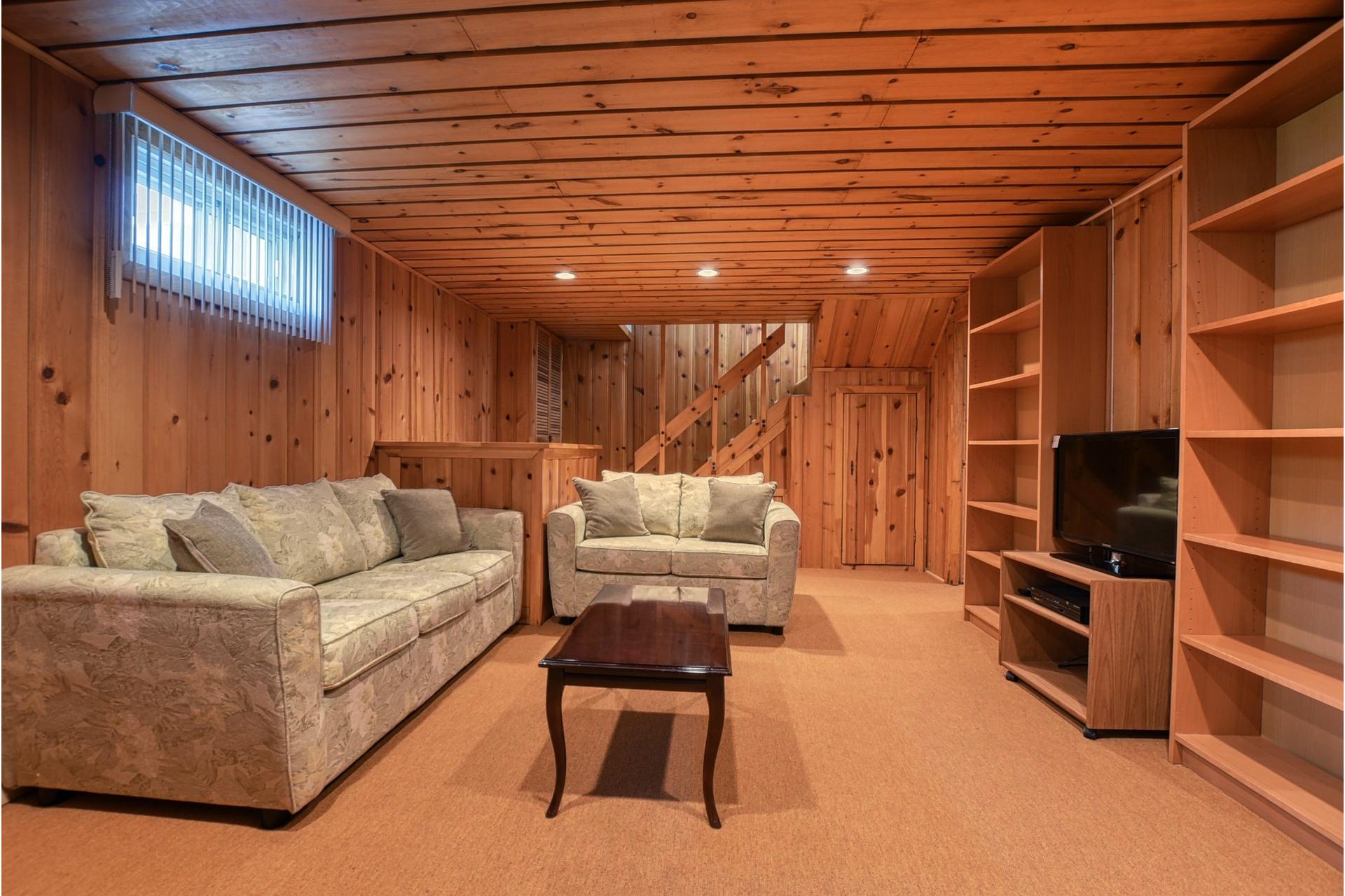 image 19 - House For sale Saint-Laurent Montréal  - 7 rooms