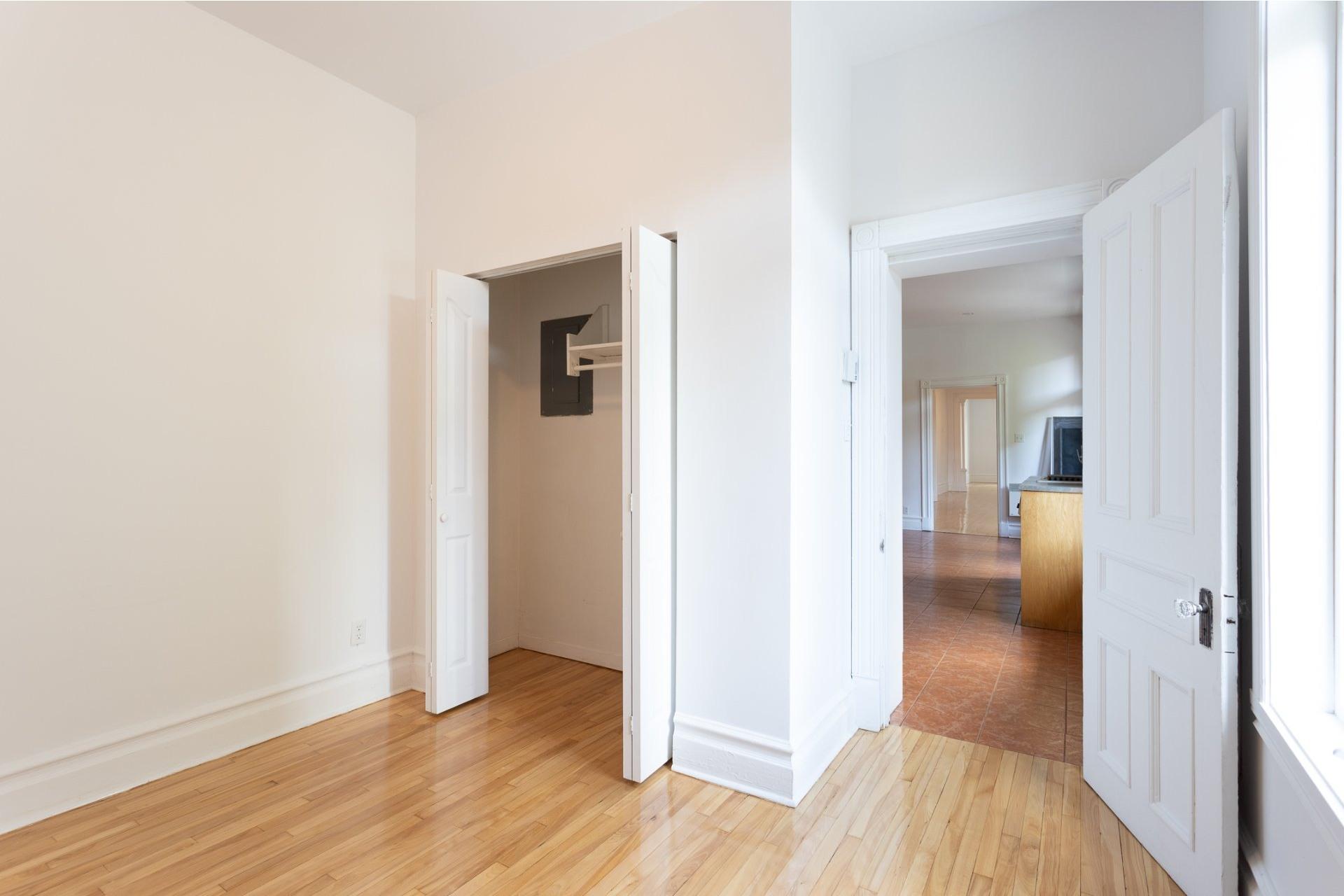 image 12 - Appartement À louer Le Plateau-Mont-Royal Montréal  - 5 pièces