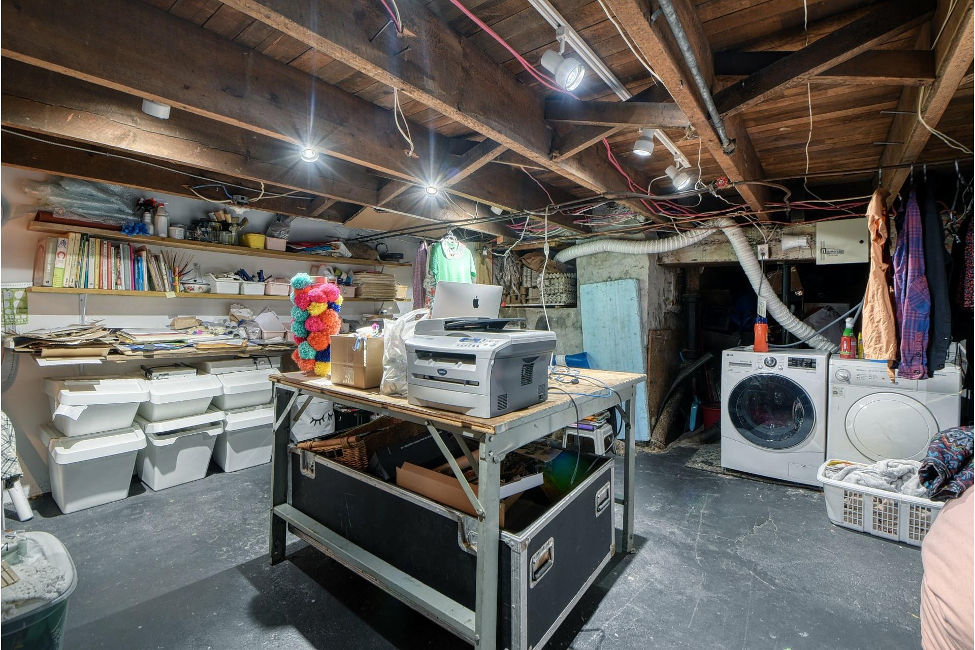 image 19 - Maison À vendre Le Sud-Ouest Montréal  - 6 pièces