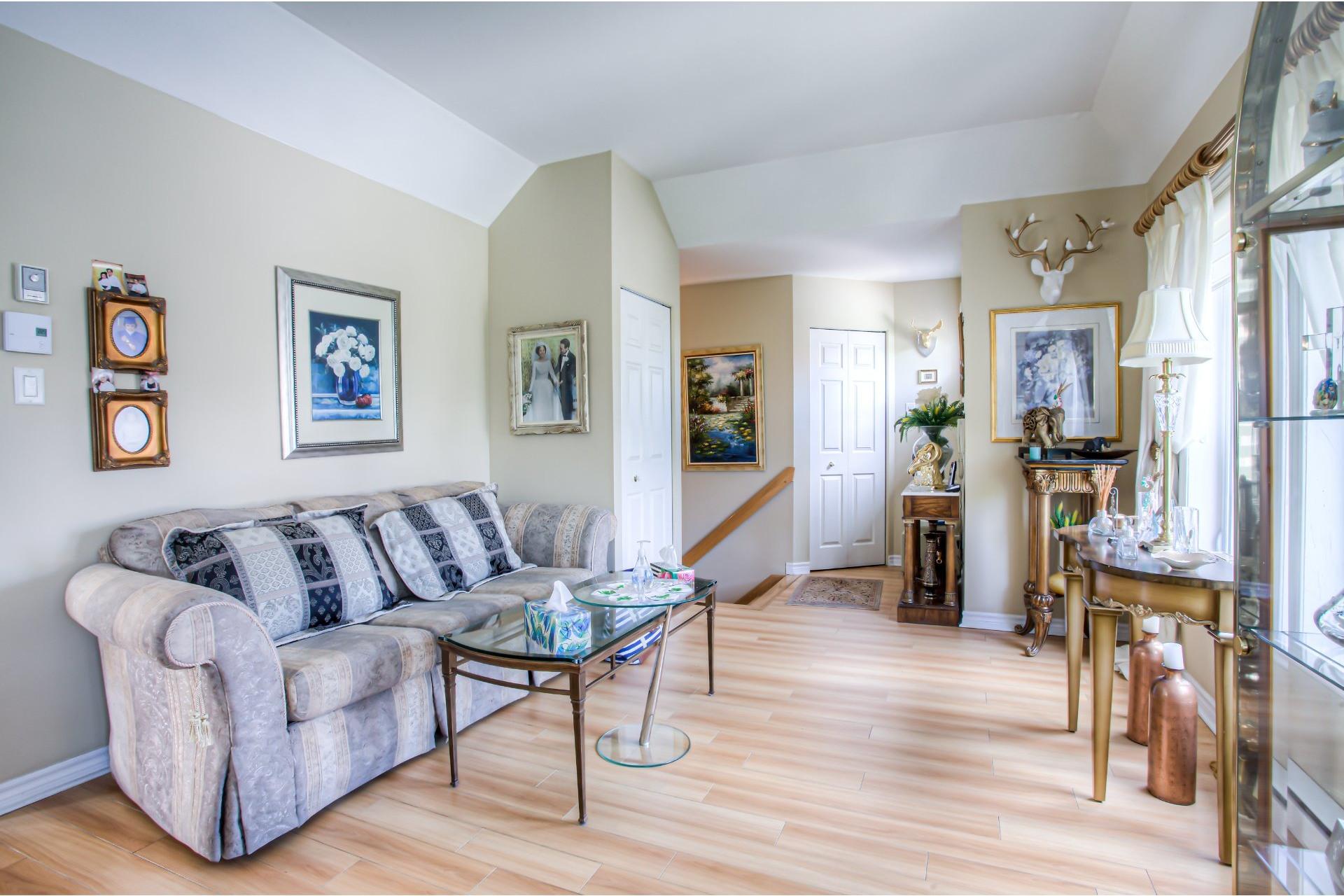 image 8 - Appartement À vendre Chomedey Laval  - 6 pièces
