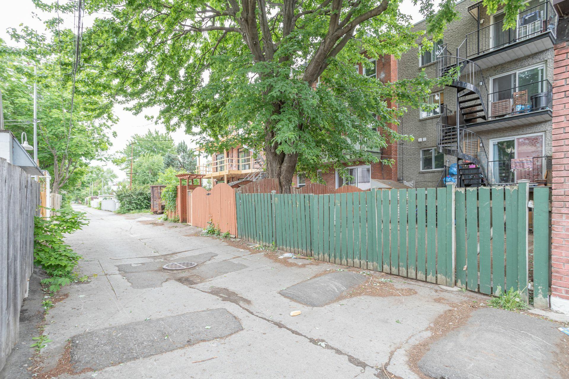 image 4 - Quadruplex For sale Mercier/Hochelaga-Maisonneuve Montréal  - 4 rooms