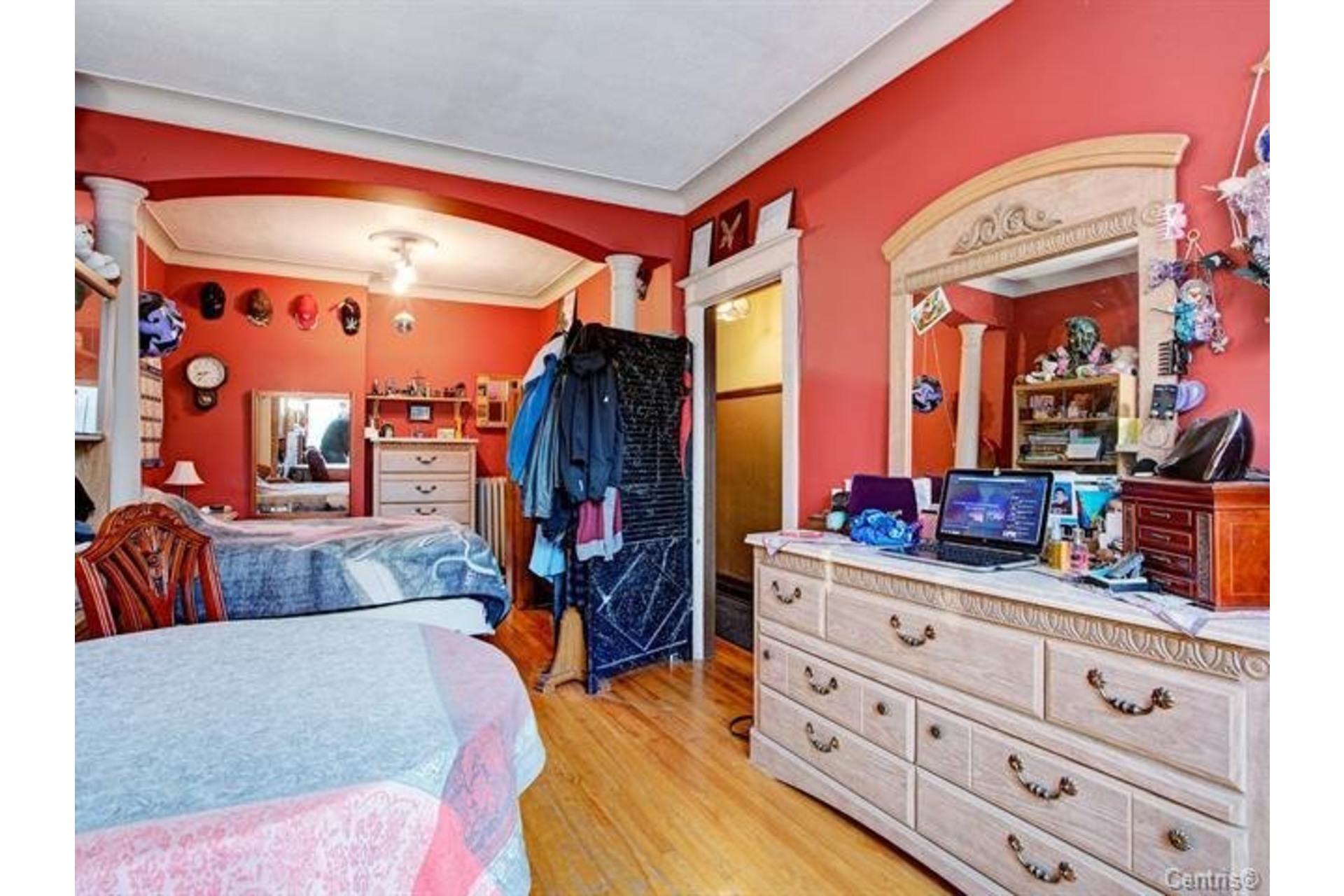 image 11 - Triplex For sale Le Sud-Ouest Montréal  - 5 rooms