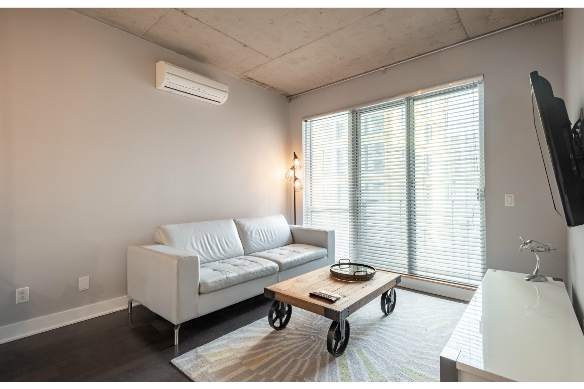 image 1 - Apartment For sale Le Sud-Ouest Montréal  - 4 rooms