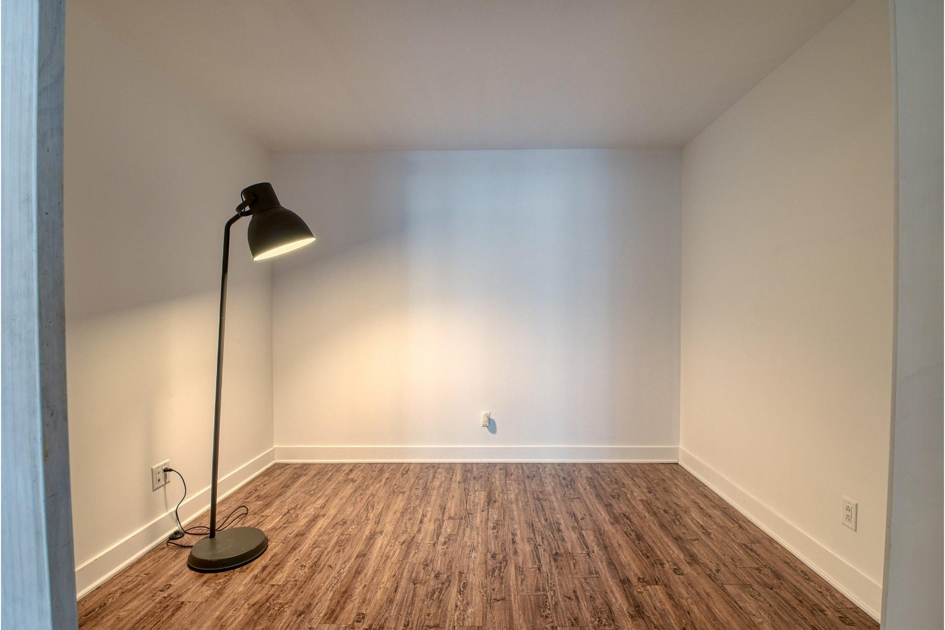 image 15 - Appartement À vendre Ahuntsic-Cartierville Montréal  - 5 pièces