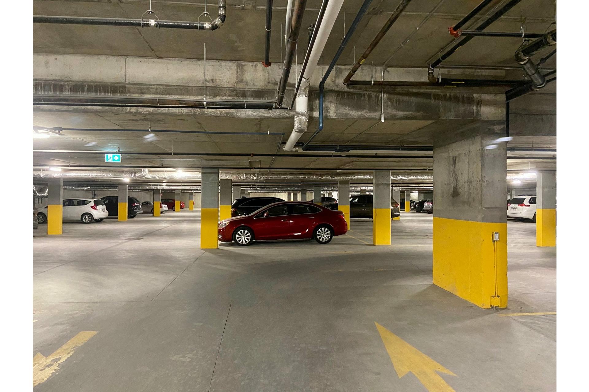 image 14 - Appartement À louer Pointe-Claire - 7 pièces