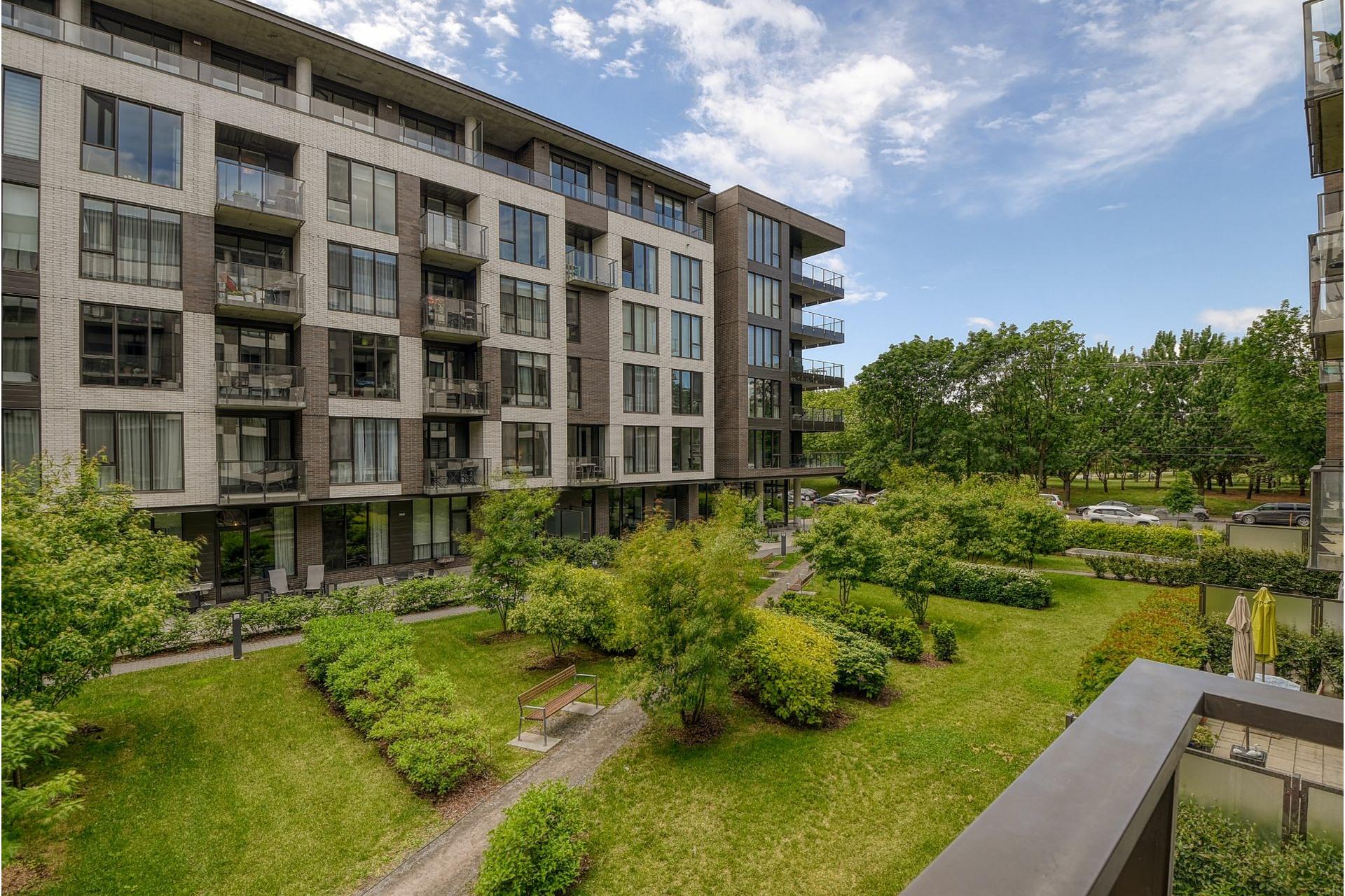 image 22 - Appartement À vendre Villeray/Saint-Michel/Parc-Extension Montréal  - 5 pièces