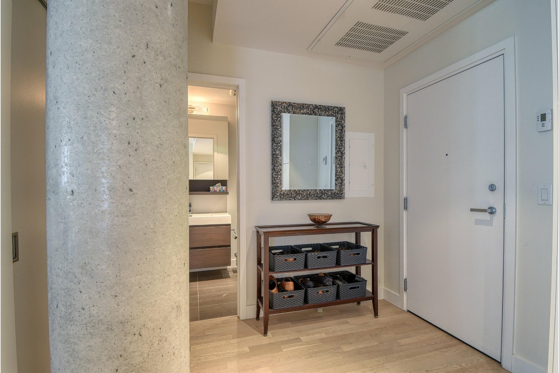 image 19 - Appartement À vendre Villeray/Saint-Michel/Parc-Extension Montréal  - 5 pièces