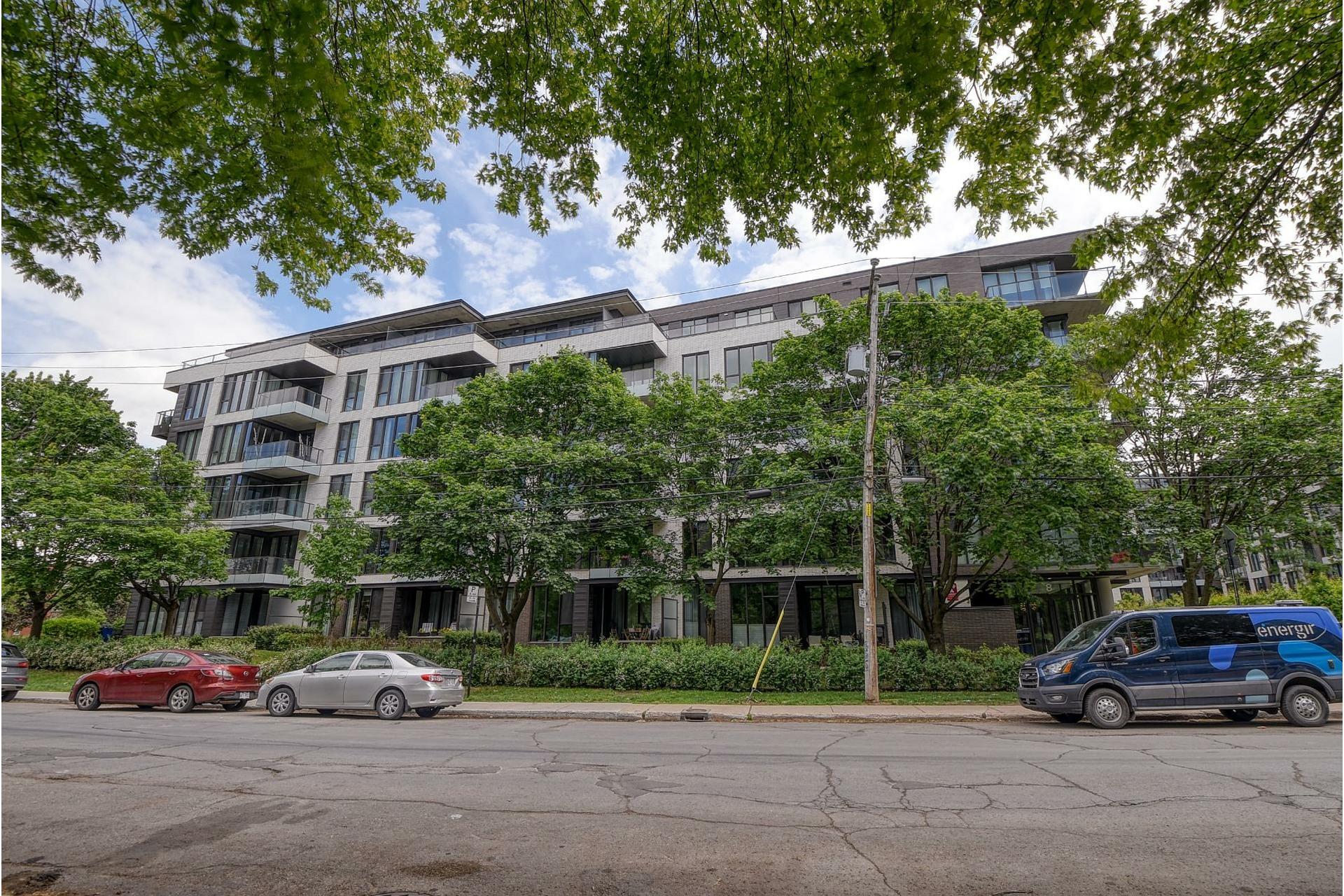 image 29 - Appartement À vendre Villeray/Saint-Michel/Parc-Extension Montréal  - 5 pièces
