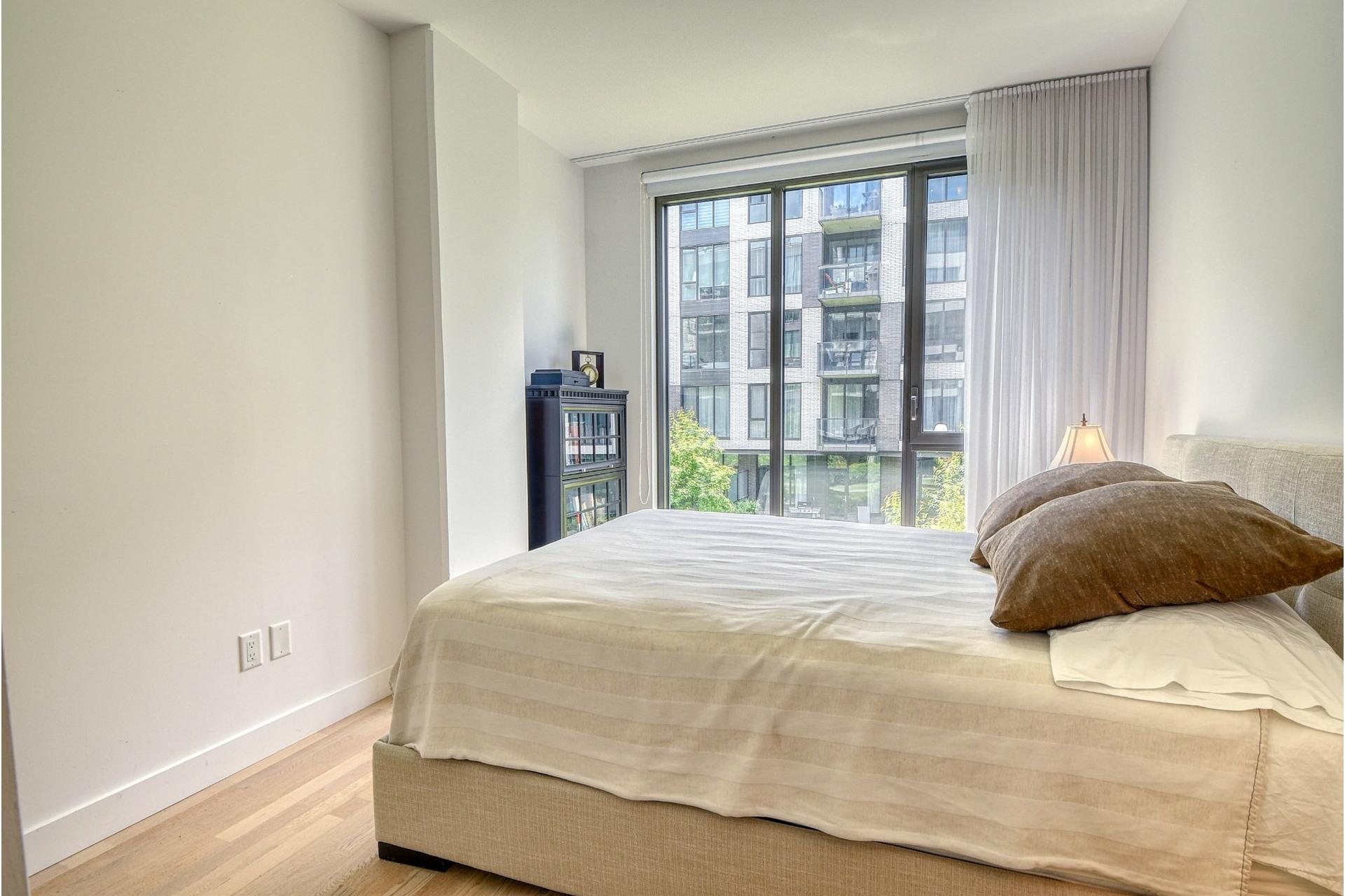 image 11 - Appartement À vendre Villeray/Saint-Michel/Parc-Extension Montréal  - 5 pièces