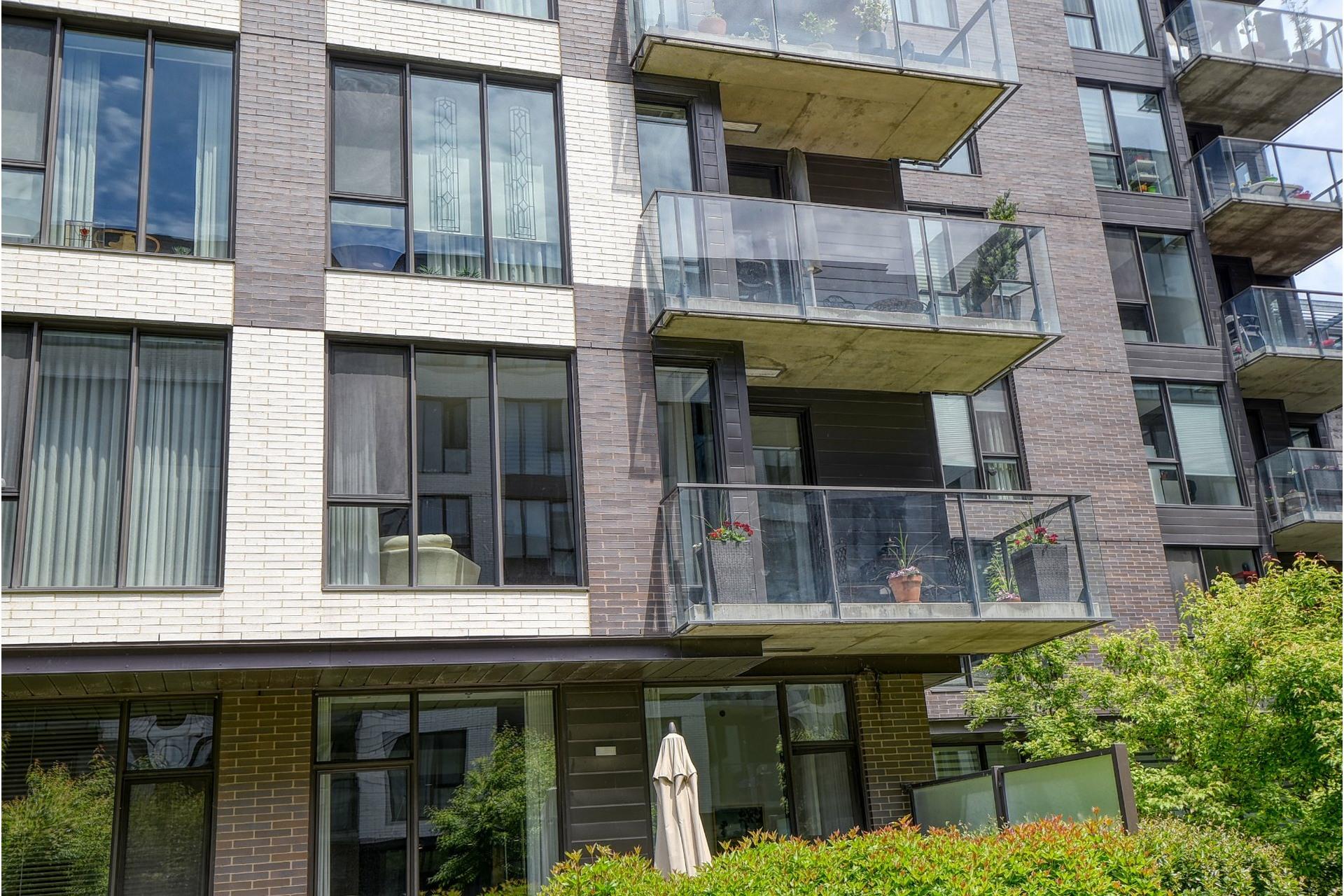 image 23 - Appartement À vendre Villeray/Saint-Michel/Parc-Extension Montréal  - 5 pièces