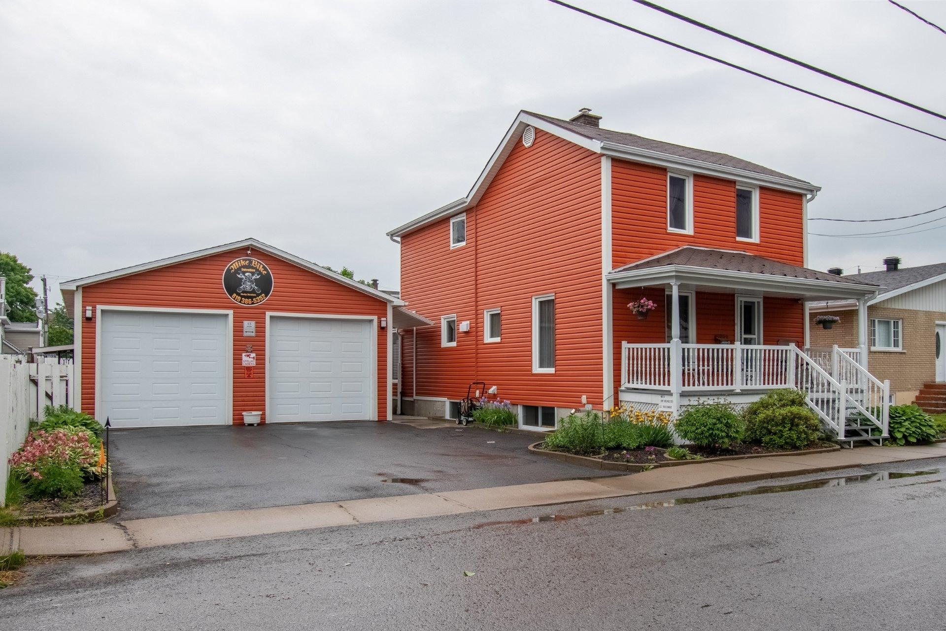 image 1 - Maison À vendre Trois-Rivières - 11 pièces