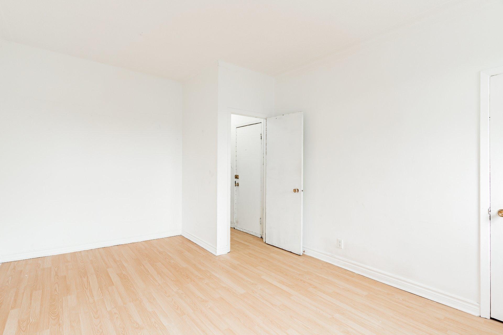 image 3 - Appartement À louer Rosemont/La Petite-Patrie Montréal  - 5 pièces