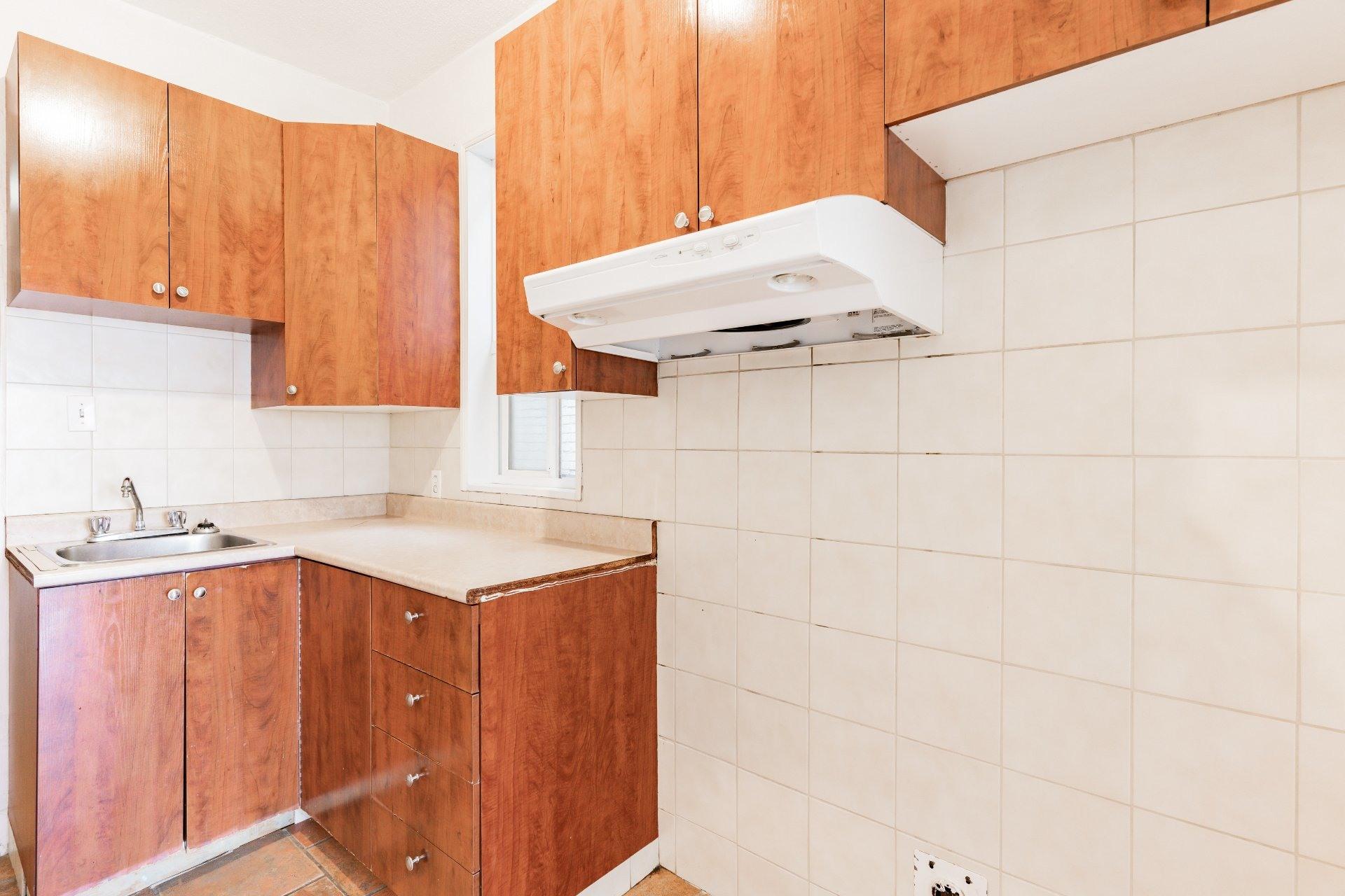 image 10 - Appartement À louer Rosemont/La Petite-Patrie Montréal  - 5 pièces