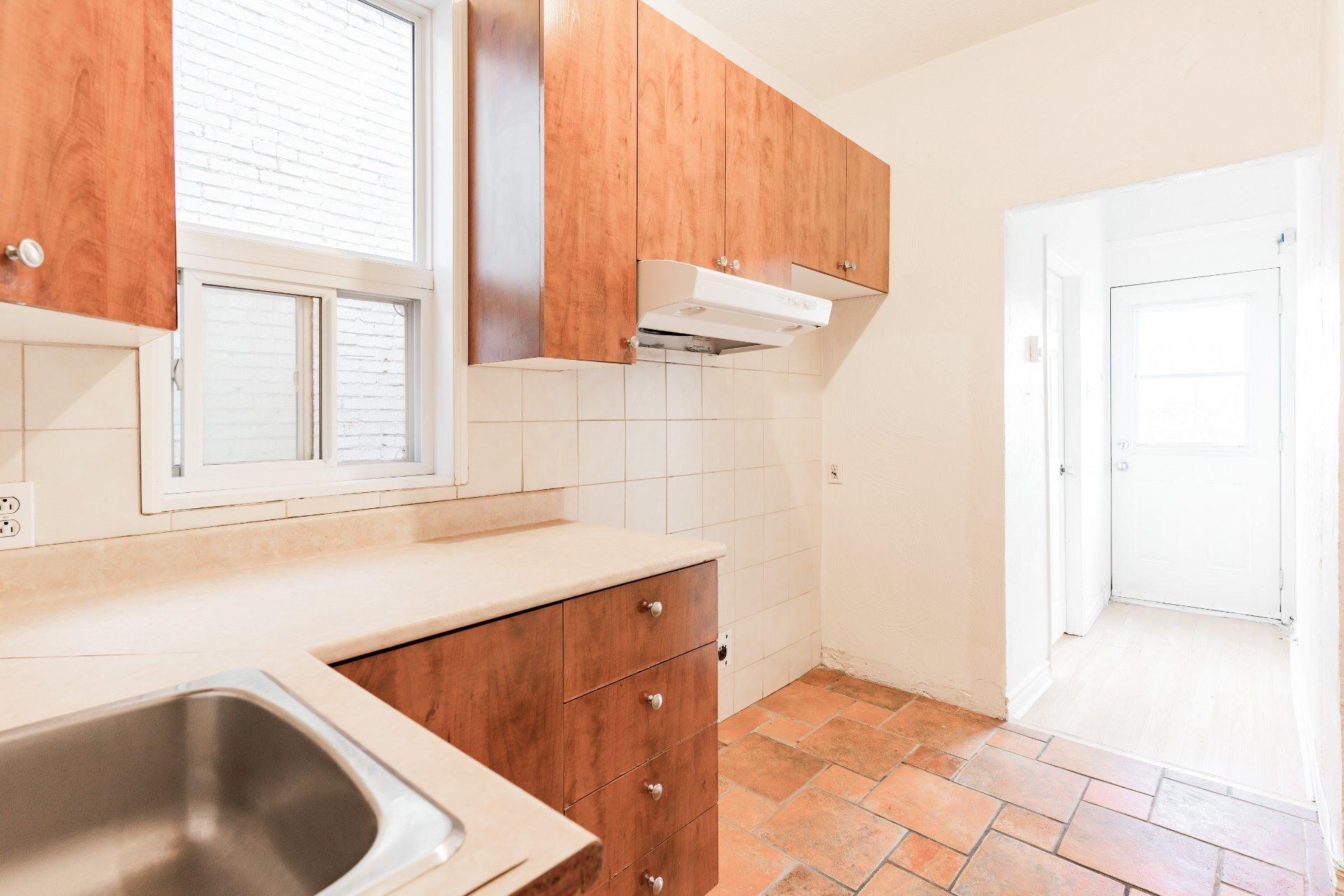 image 11 - Appartement À louer Rosemont/La Petite-Patrie Montréal  - 5 pièces
