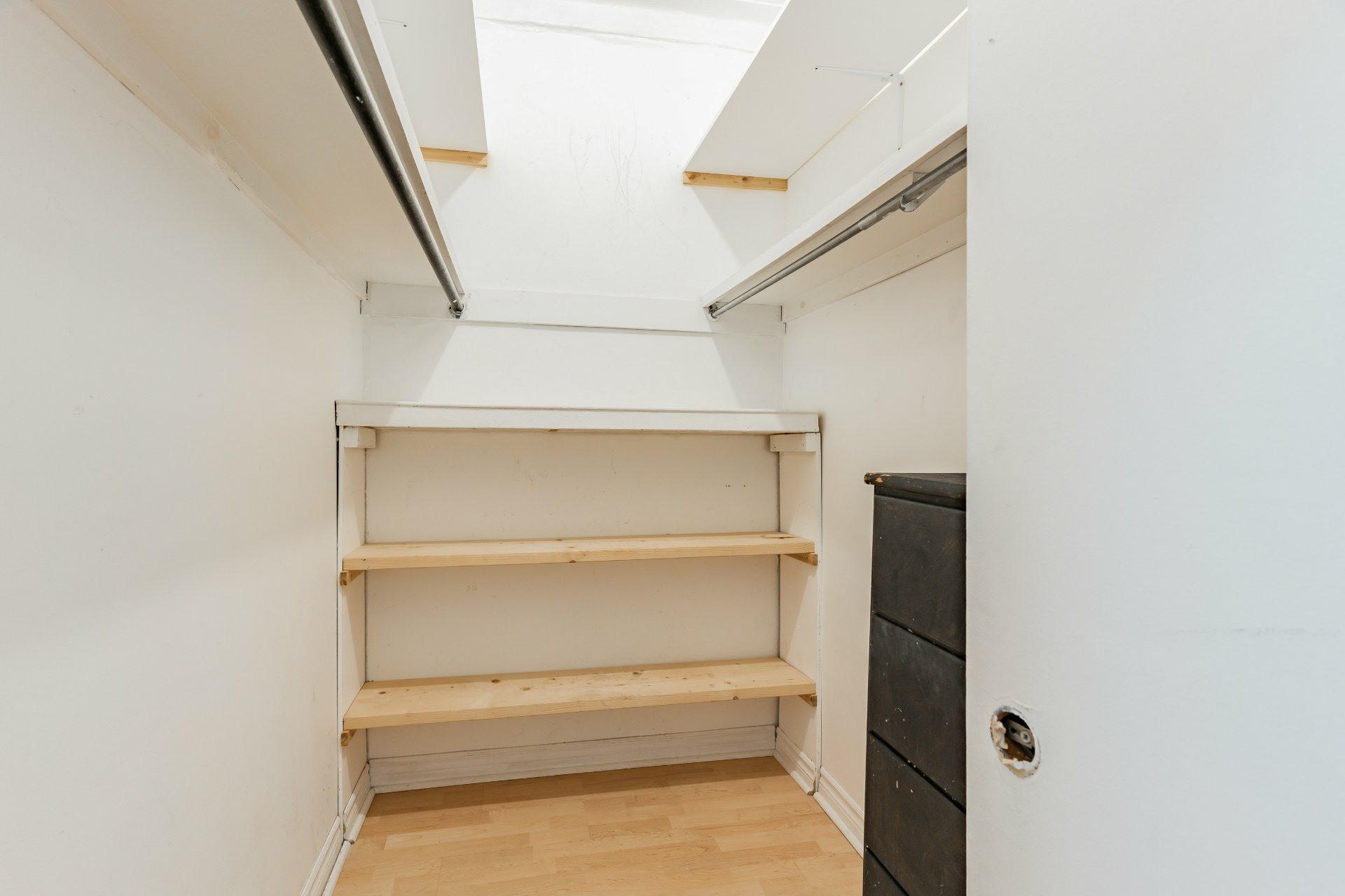image 12 - Appartement À louer Rosemont/La Petite-Patrie Montréal  - 5 pièces