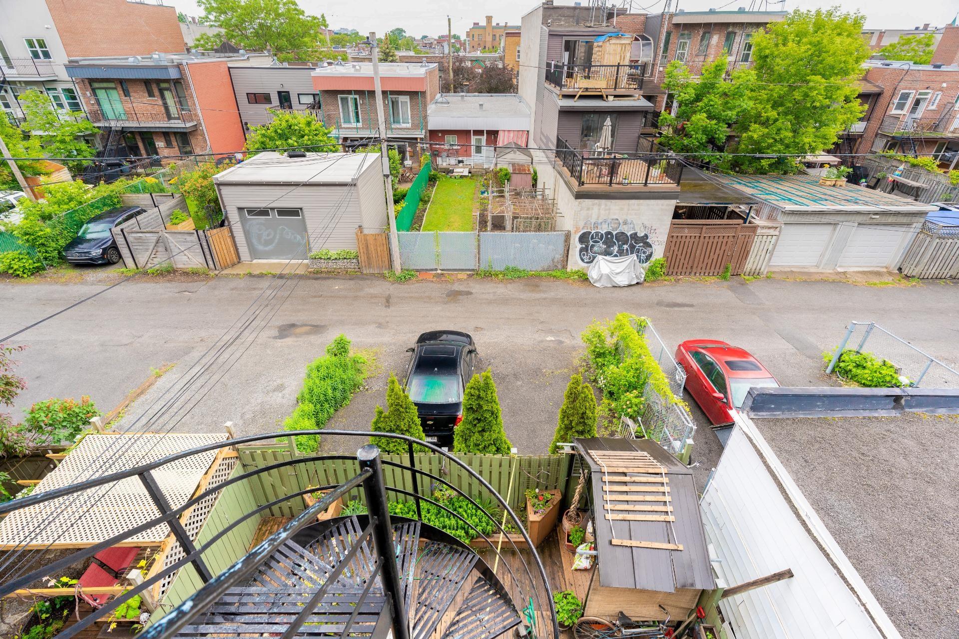 image 17 - Appartement À louer Rosemont/La Petite-Patrie Montréal  - 5 pièces