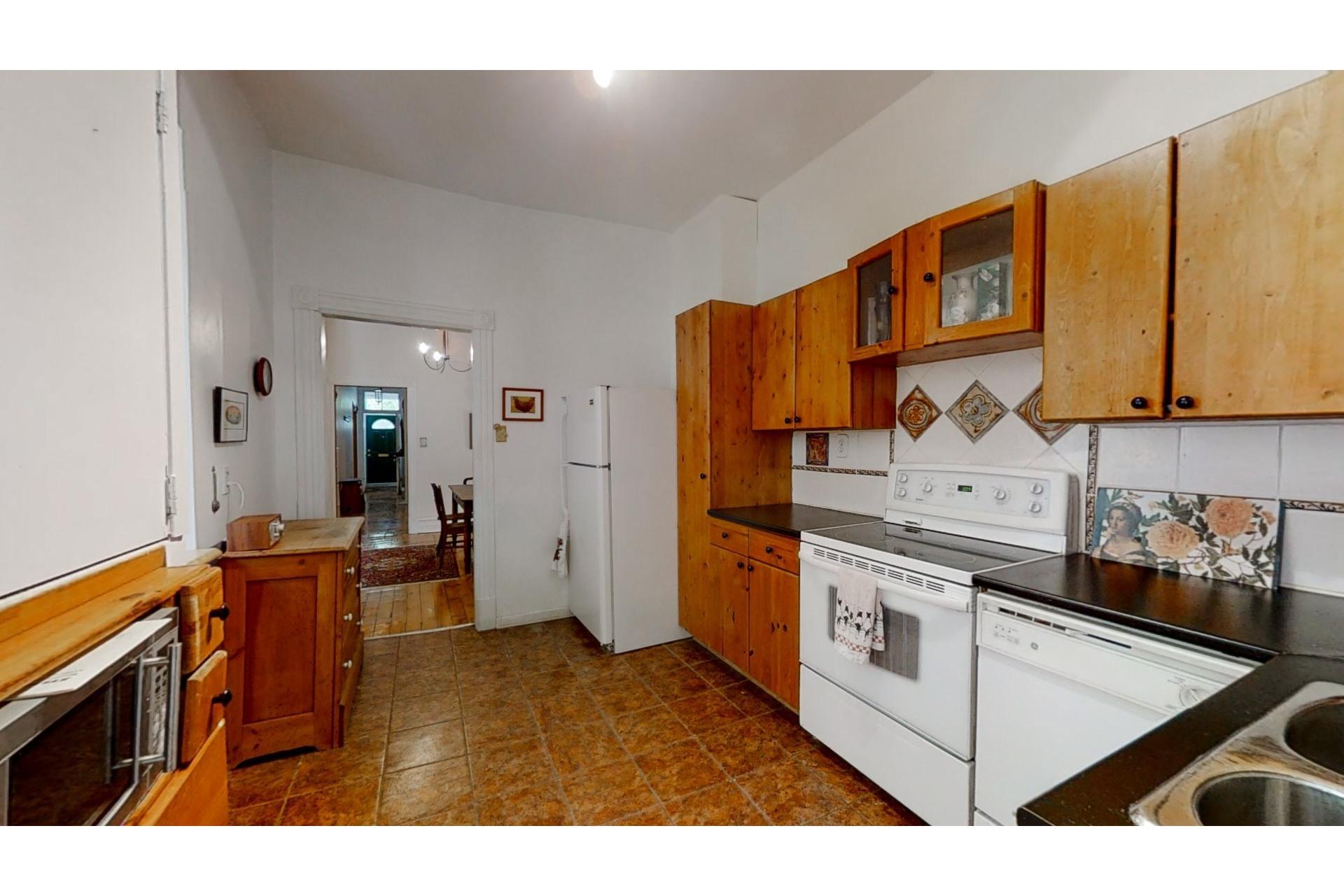 image 16 - Apartment For sale Ville-Marie Montréal  - 8 rooms
