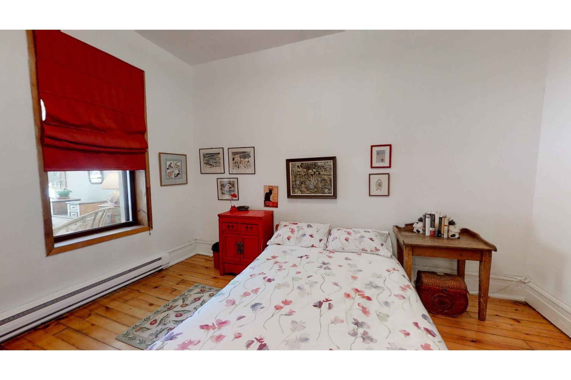 image 11 - Apartment For sale Ville-Marie Montréal  - 8 rooms