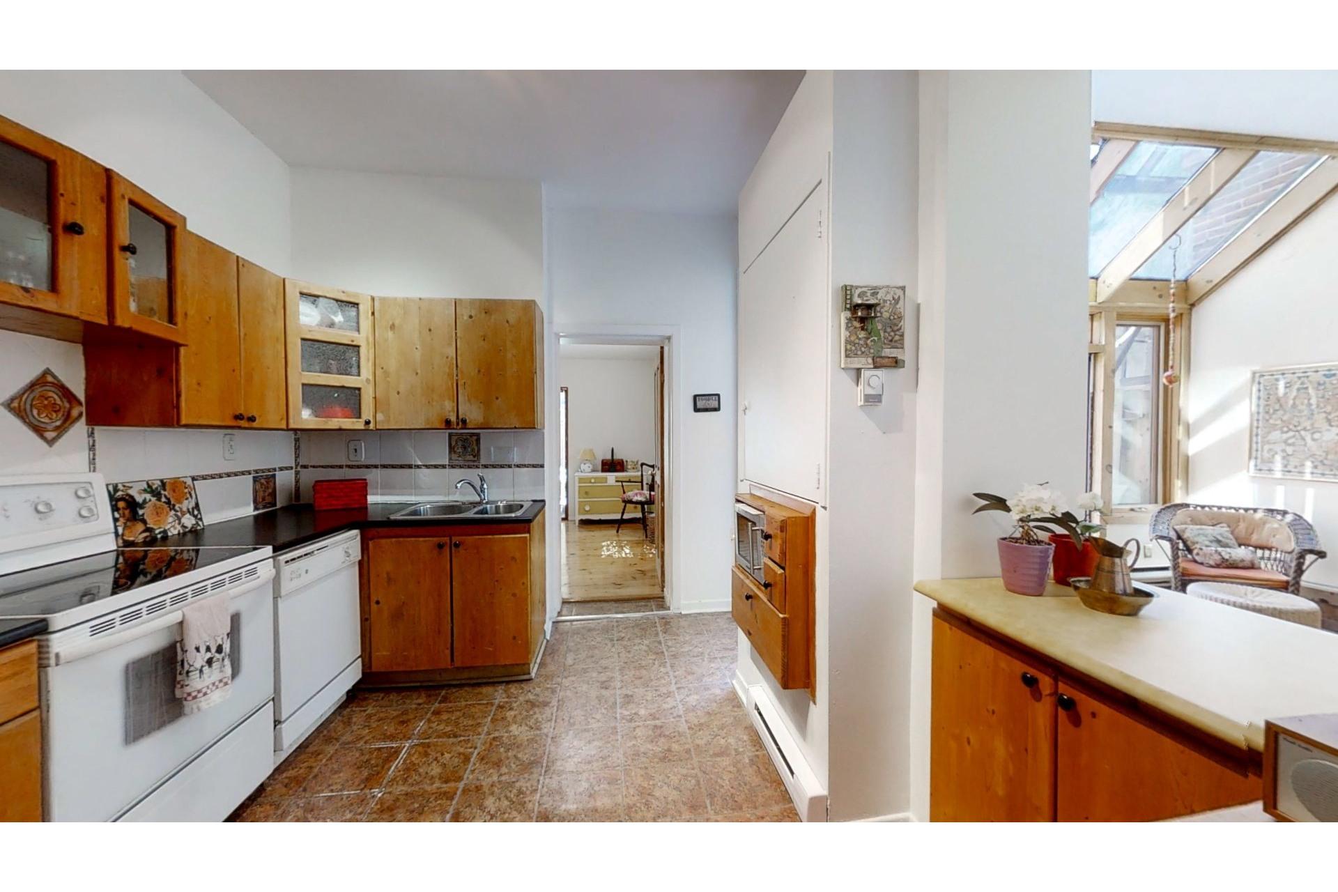 image 17 - Apartment For sale Ville-Marie Montréal  - 8 rooms