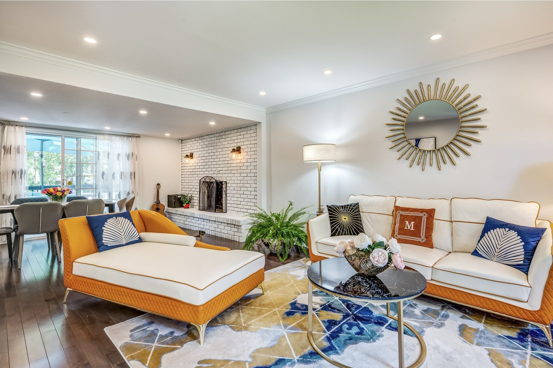 image 0 - House For sale Beaconsfield - 16 rooms