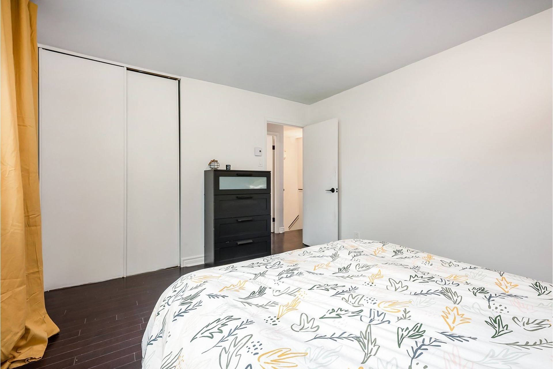 image 20 - House For sale Greenfield Park Longueuil  - 11 rooms
