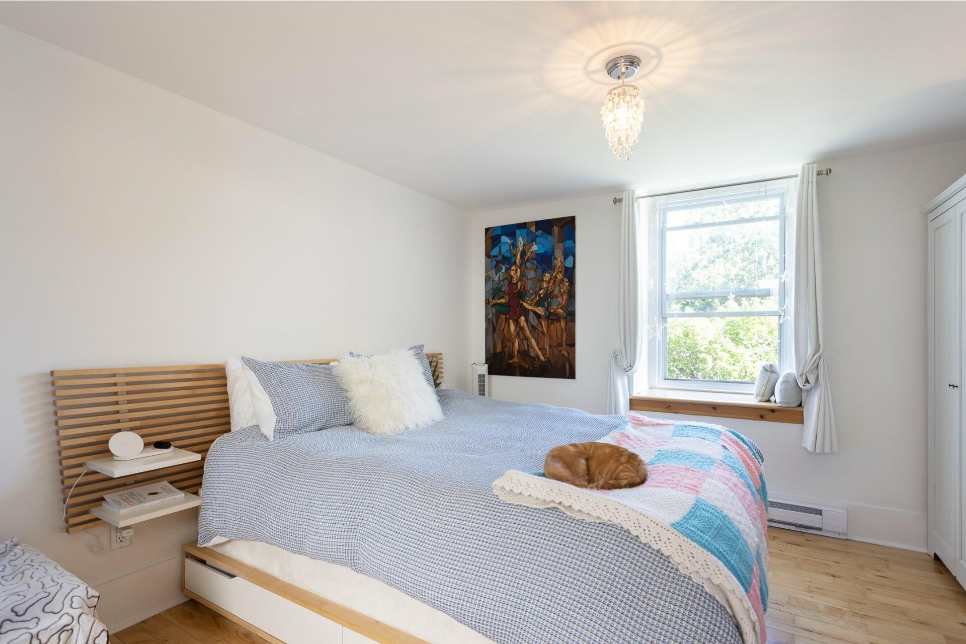 image 8 - Appartement À vendre Ville-Marie Montréal  - 5 pièces