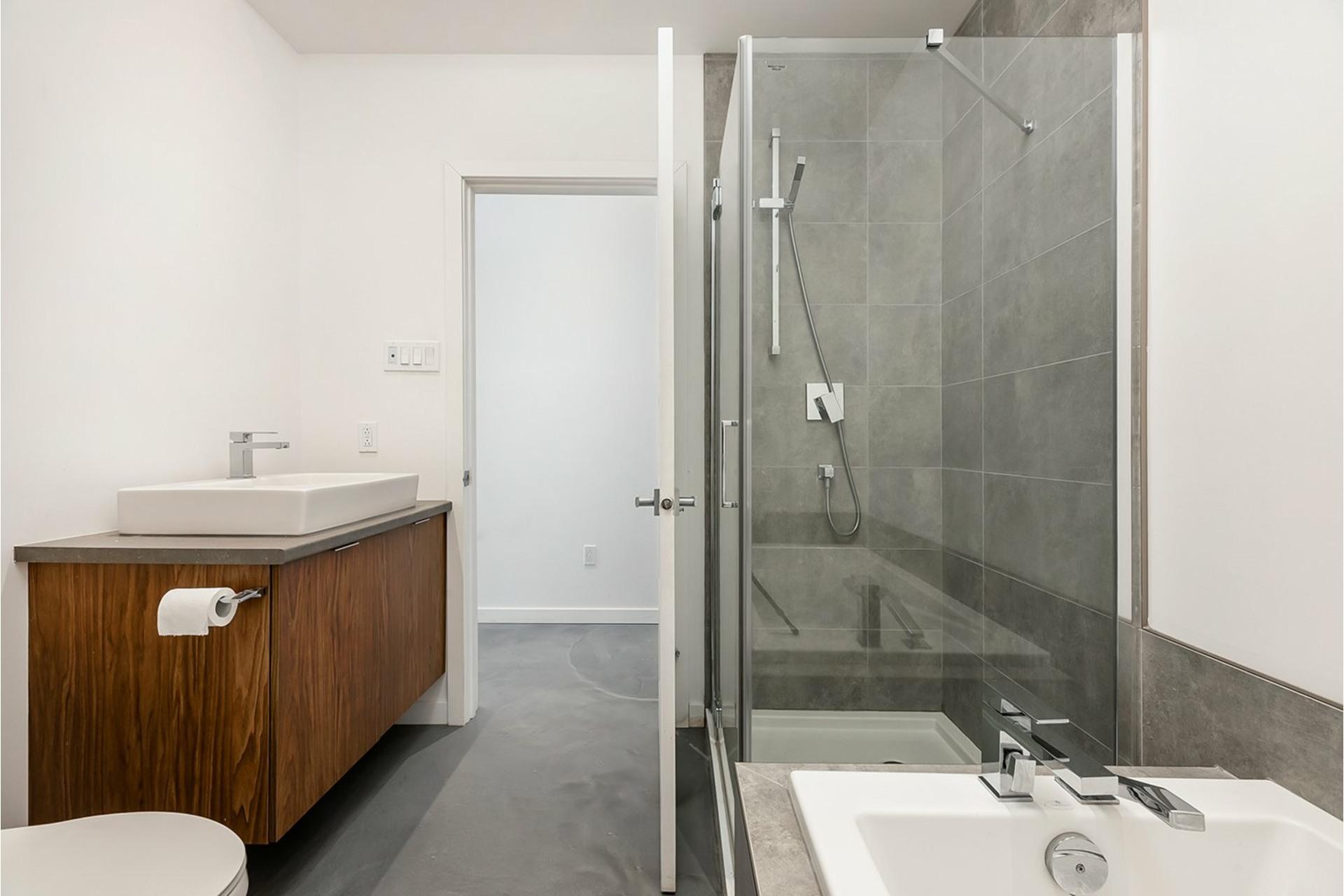 image 14 - Triplex For sale Mercier/Hochelaga-Maisonneuve Montréal  - 4 rooms