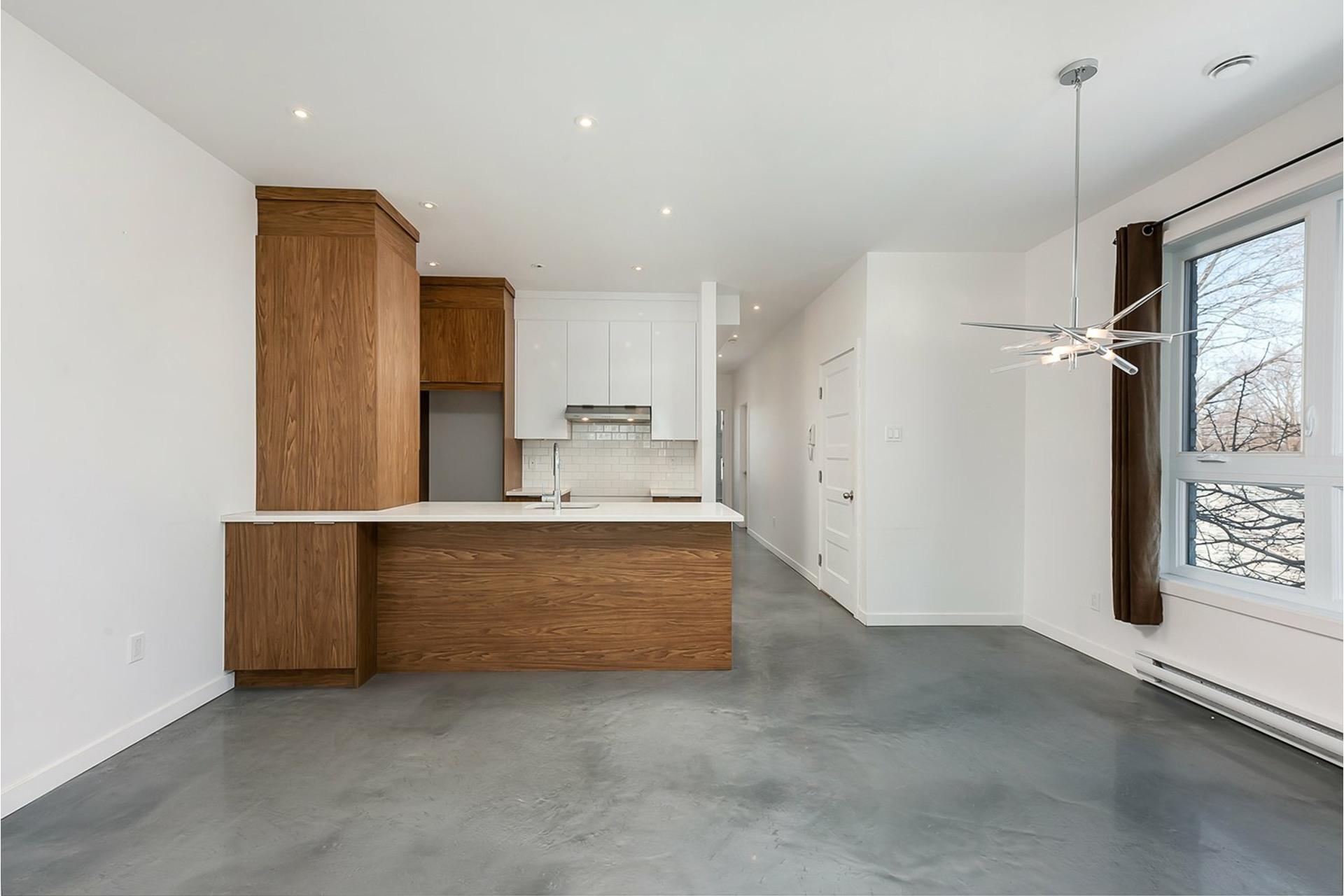 image 9 - Triplex For sale Mercier/Hochelaga-Maisonneuve Montréal  - 4 rooms