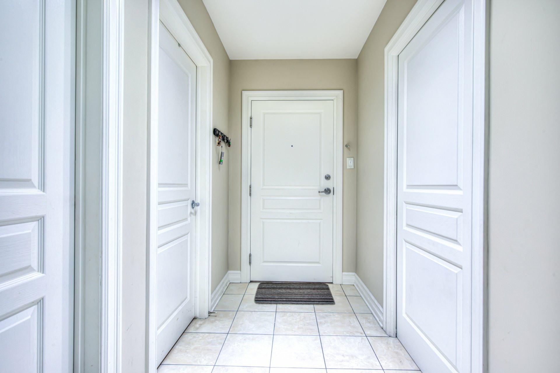 image 2 - Appartement À vendre Saint-Laurent Montréal  - 7 pièces