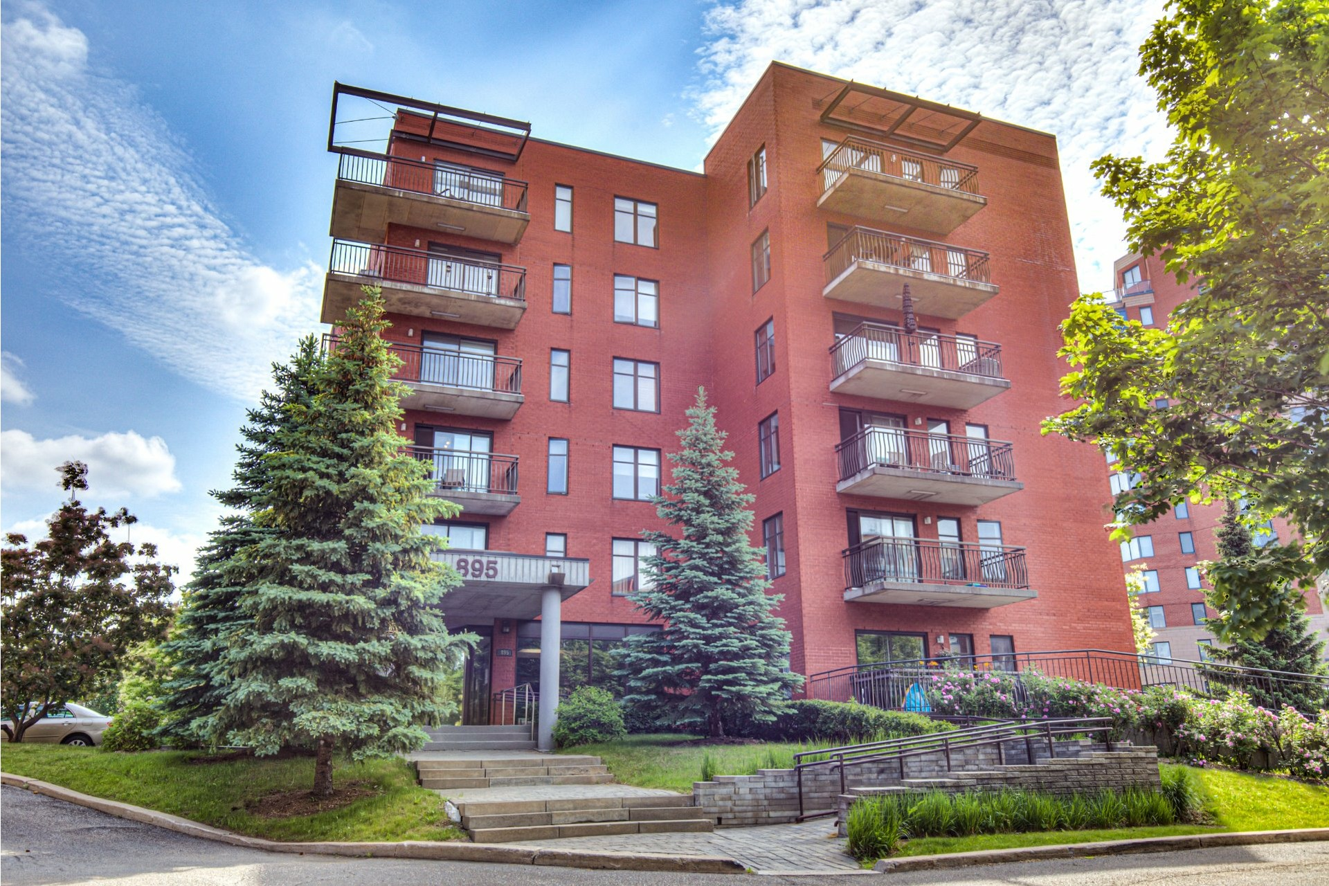 image 0 - Appartement À vendre Saint-Laurent Montréal  - 7 pièces
