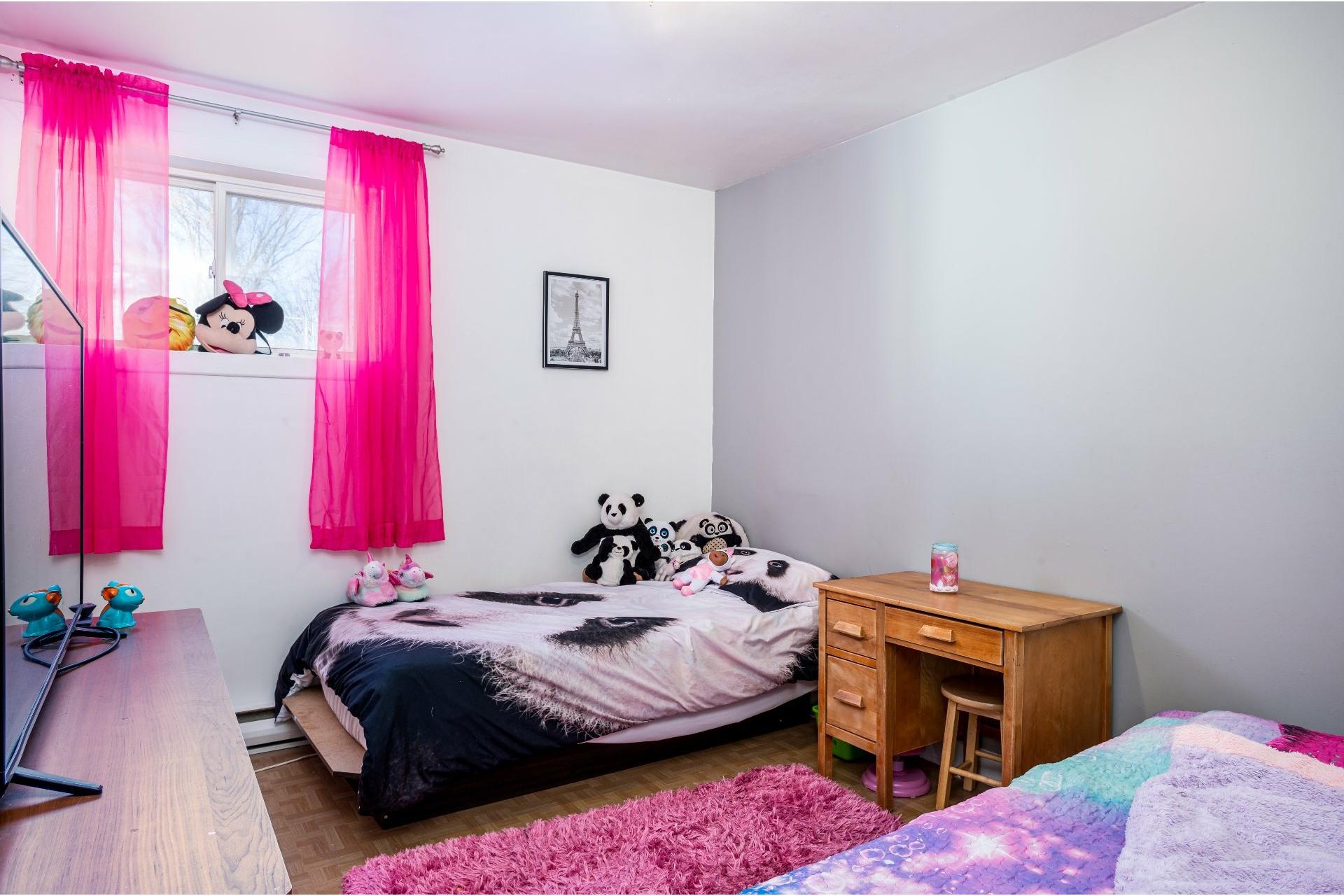 image 15 - Duplex For sale Les Rivières Québec  - 5 rooms
