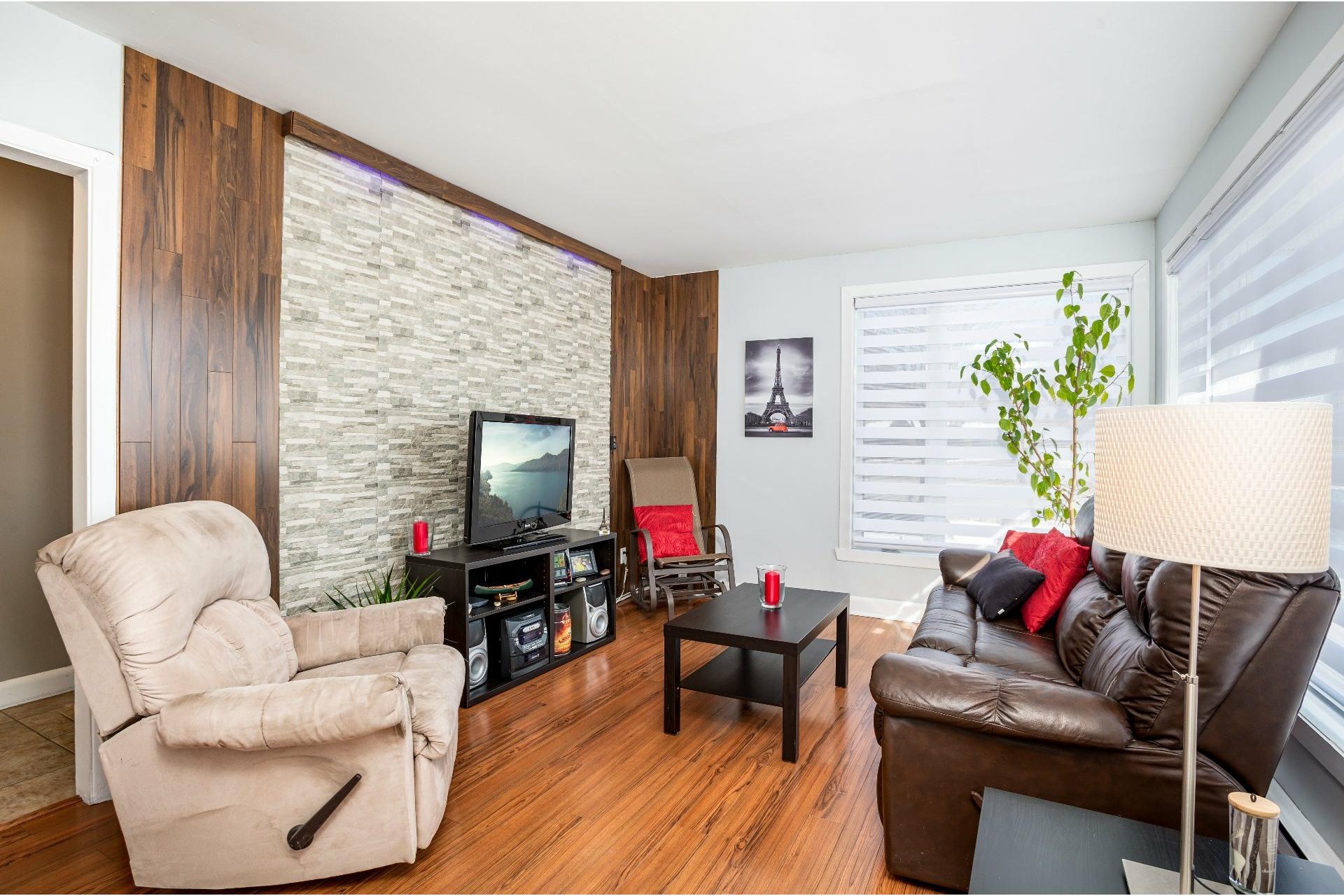 image 4 - Duplex For sale Les Rivières Québec  - 5 rooms