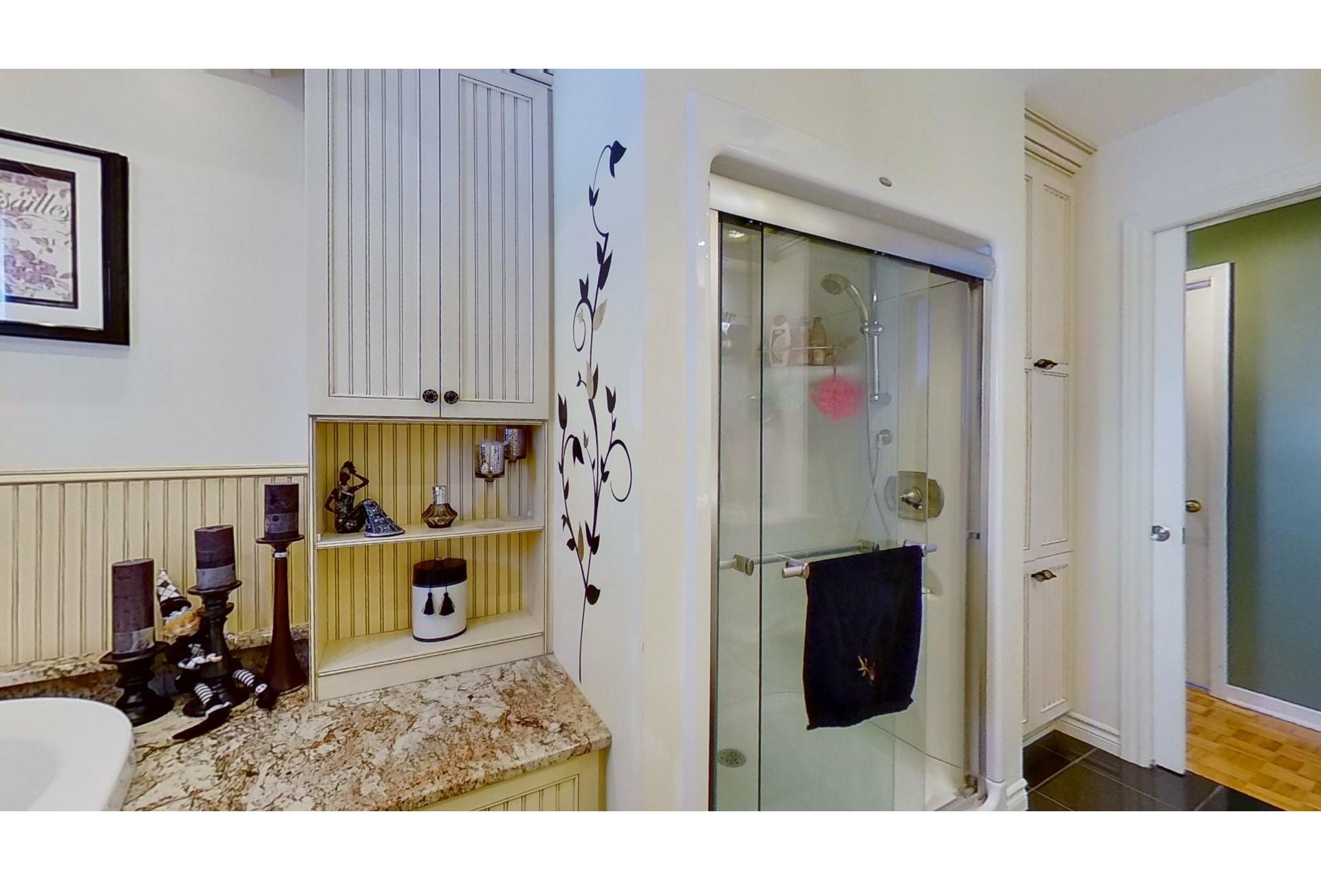 image 13 - House For sale Saint-Eustache - 13 rooms