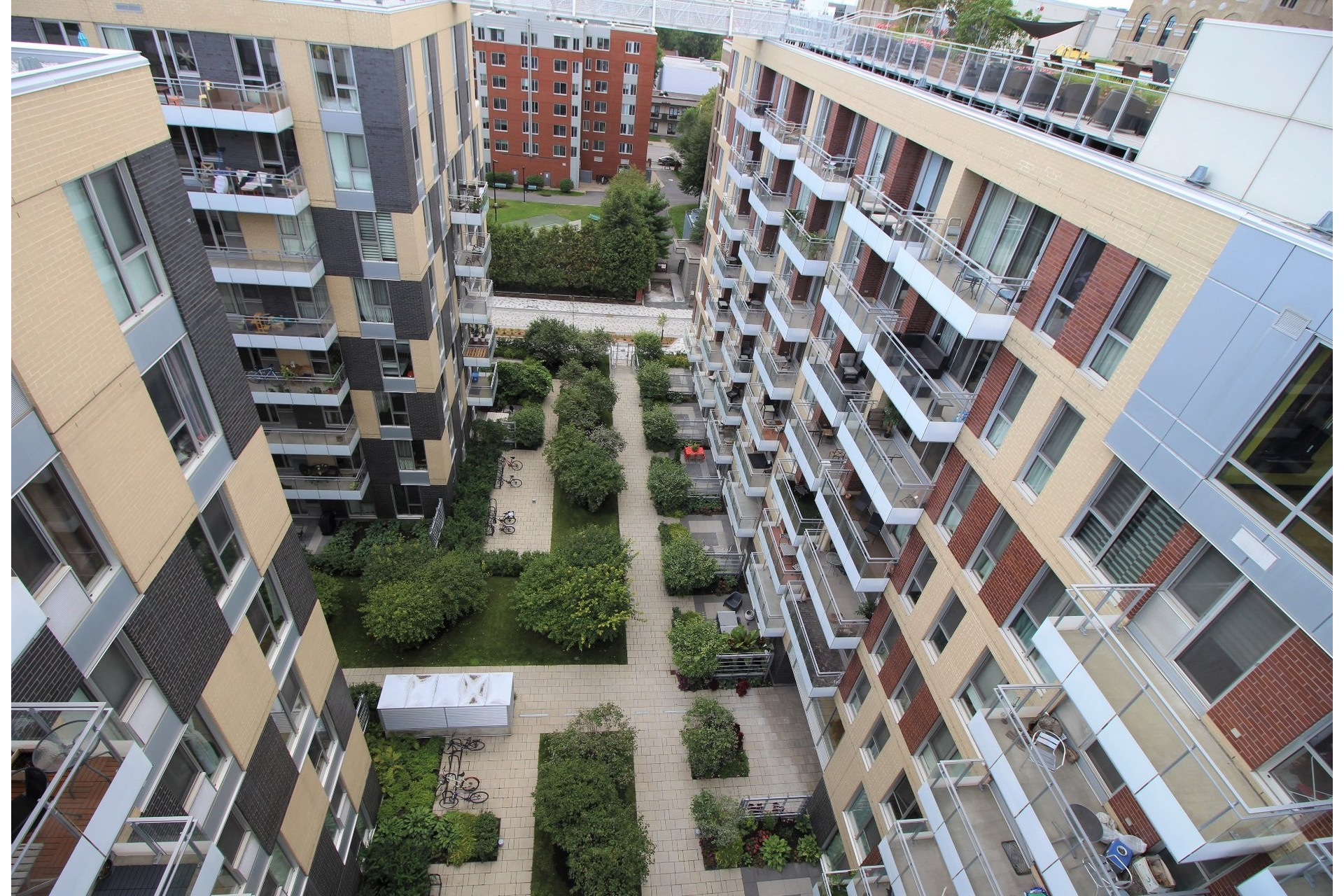 image 7 - Appartement À louer Le Sud-Ouest Montréal  - 3 pièces