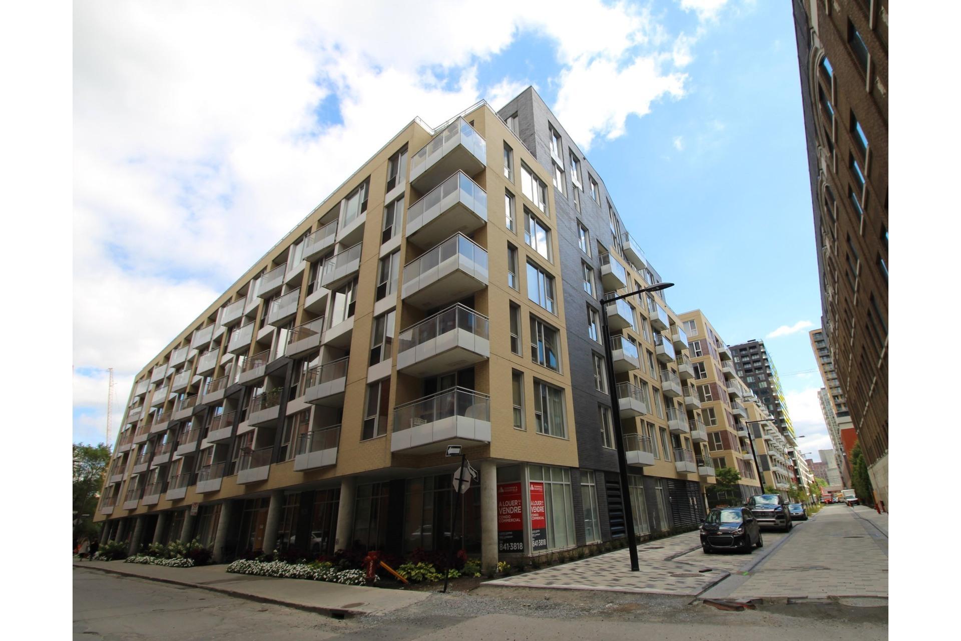 image 6 - Appartement À louer Le Sud-Ouest Montréal  - 3 pièces