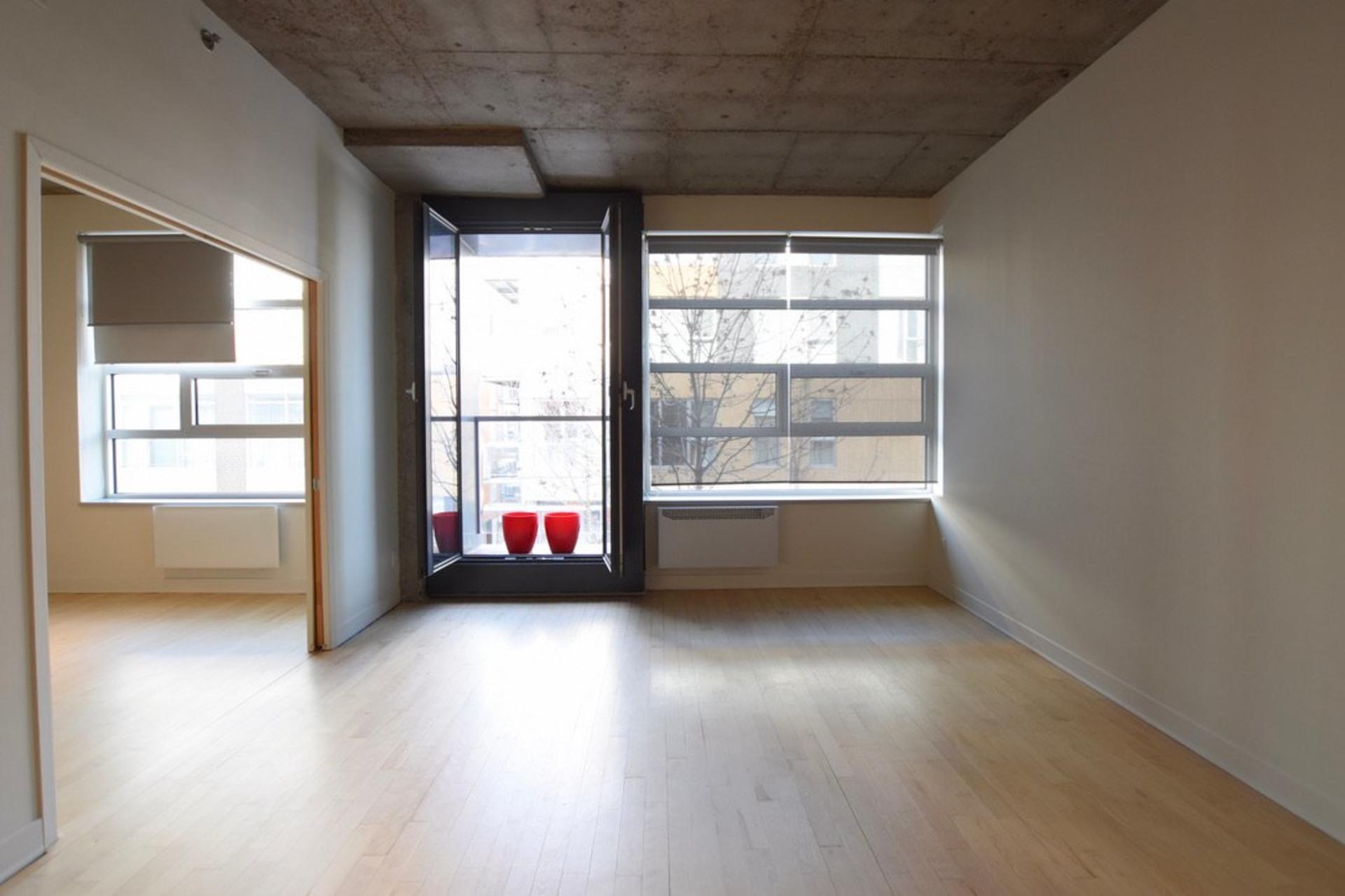 image 0 - Departamento Para alquiler Villeray/Saint-Michel/Parc-Extension Montréal  - 3 habitaciones