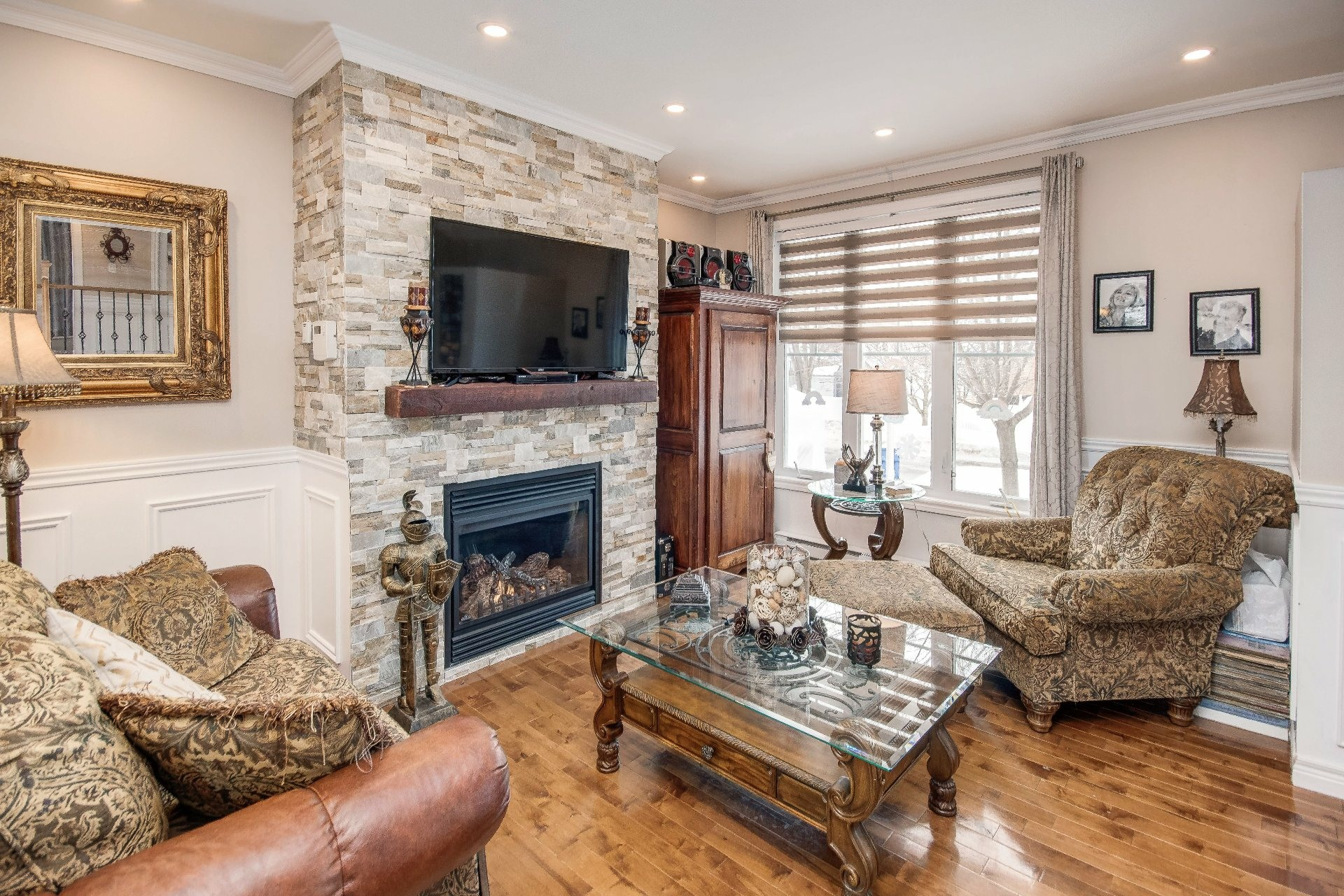 image 5 - House For sale Châteauguay - 11 rooms