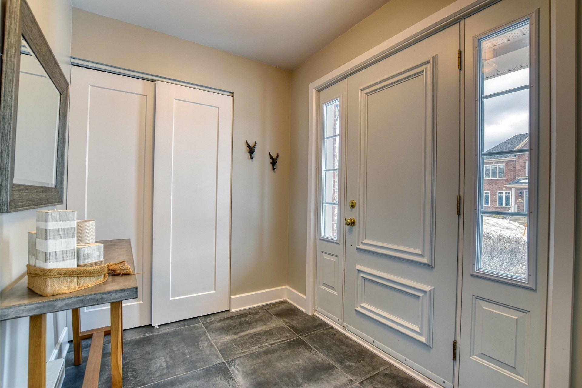 image 1 - House For sale La Prairie - 16 rooms