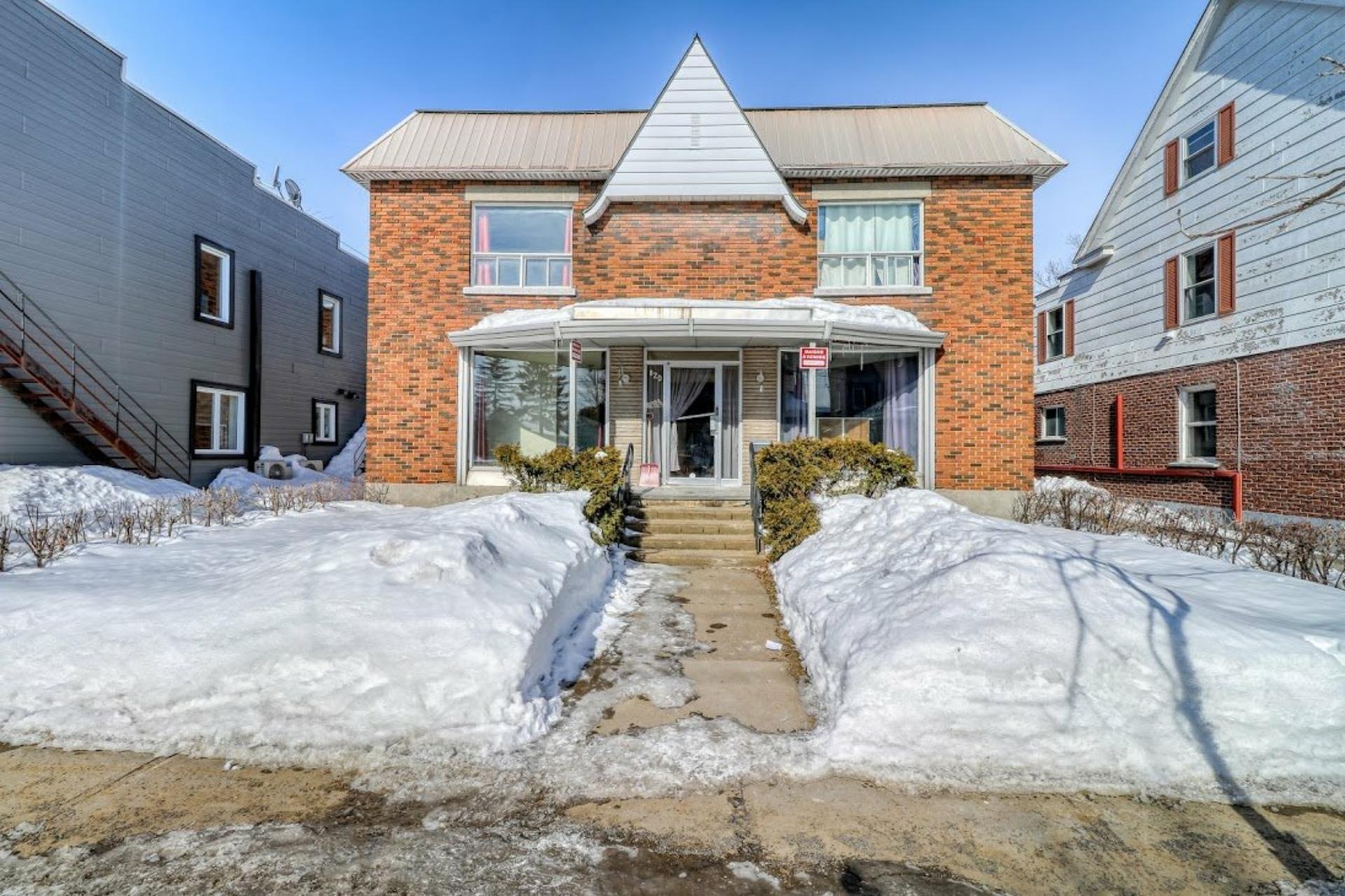 image 1 - House For sale Joliette