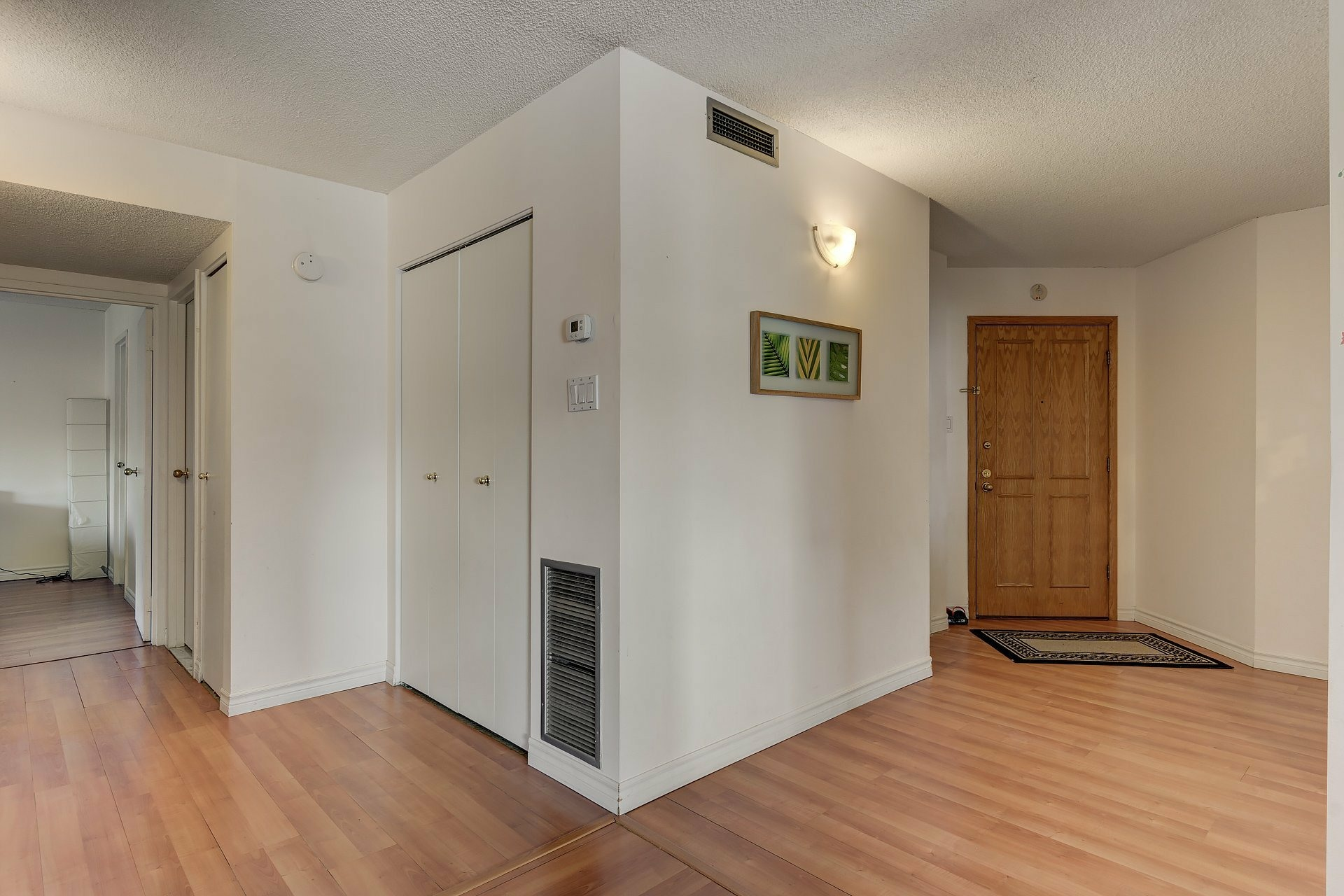 image 22 - Apartment For rent Ville-Marie Montréal  - 6 rooms