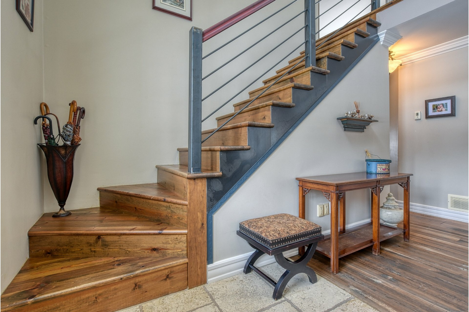 image 3 - House For sale Sainte-Sophie - 14 rooms
