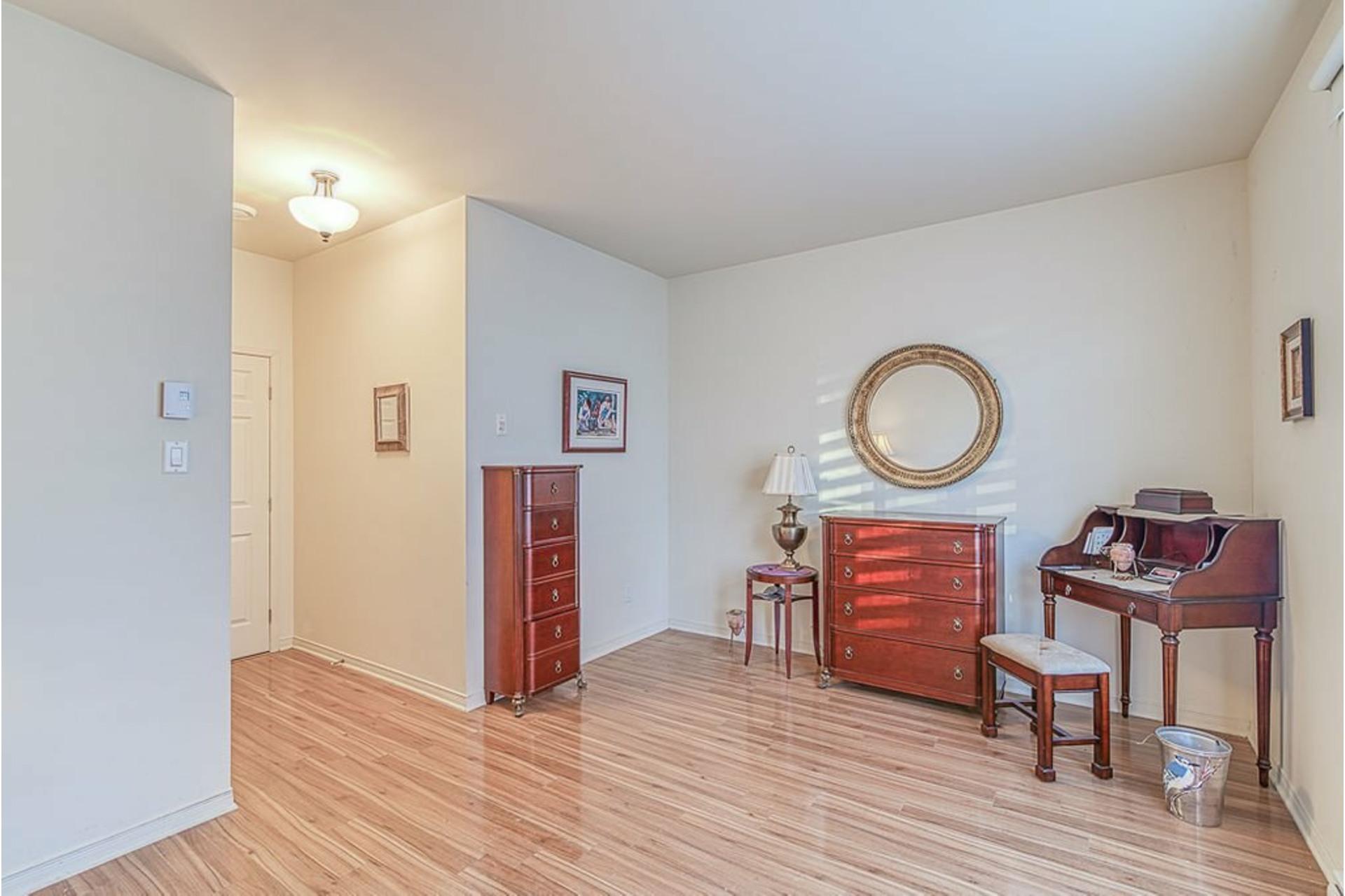 image 17 - Apartment For sale Le Vieux-Longueuil Longueuil  - 7 rooms
