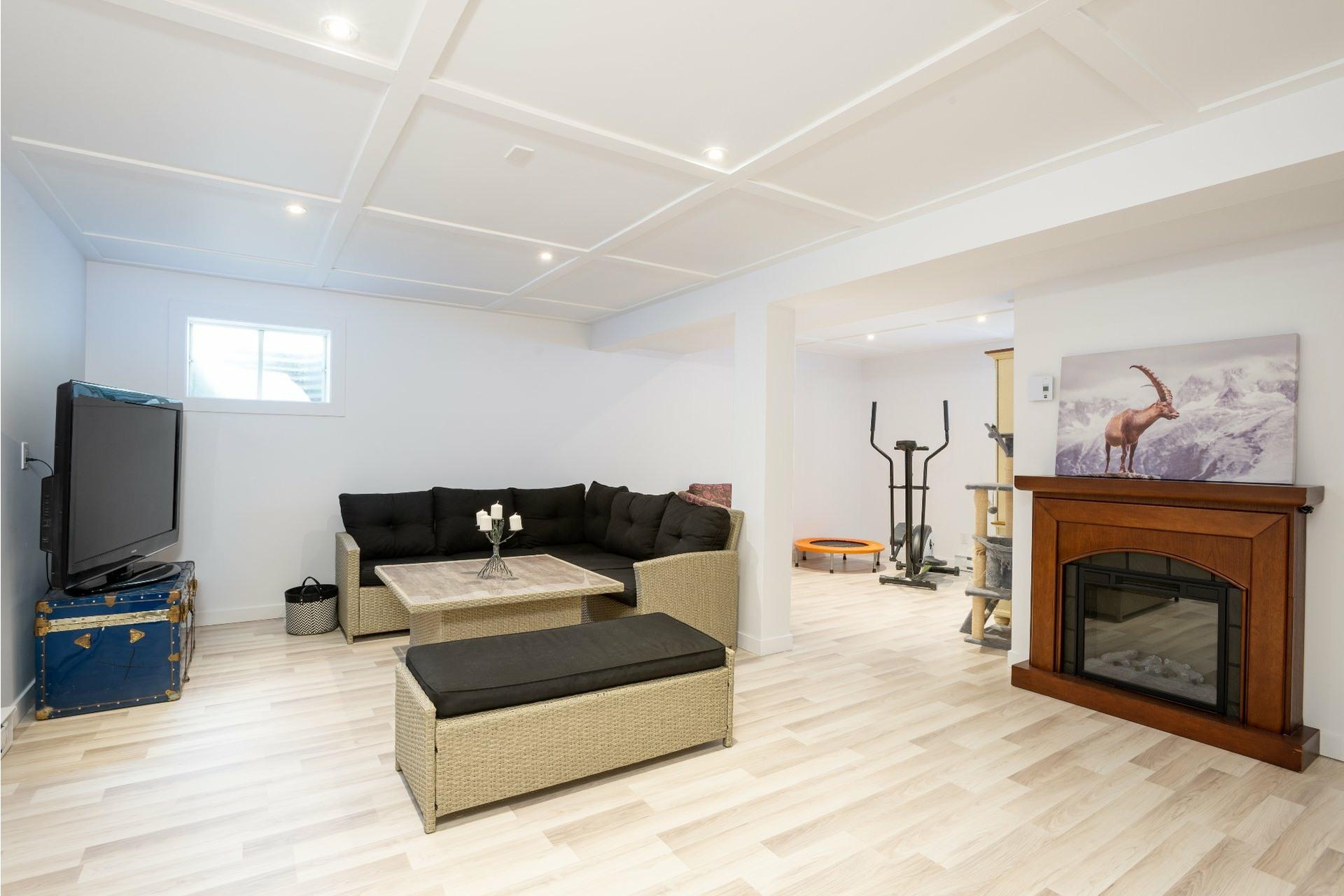 image 15 - House For sale La Haute-Saint-Charles Québec  - 10 rooms