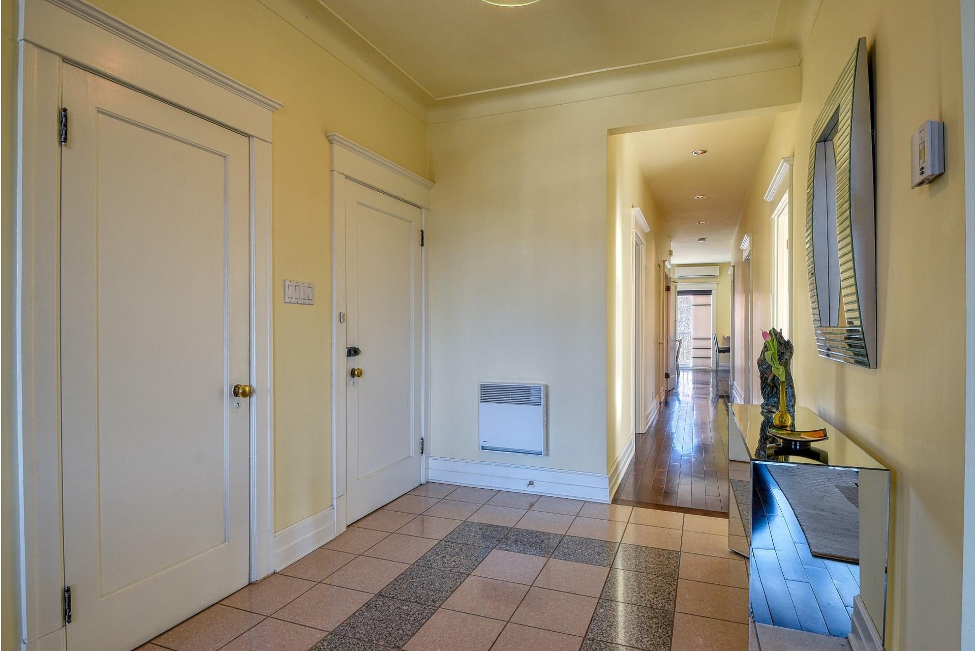 image 4 - Apartment For sale Côte-des-Neiges/Notre-Dame-de-Grâce Montréal  - 7 rooms