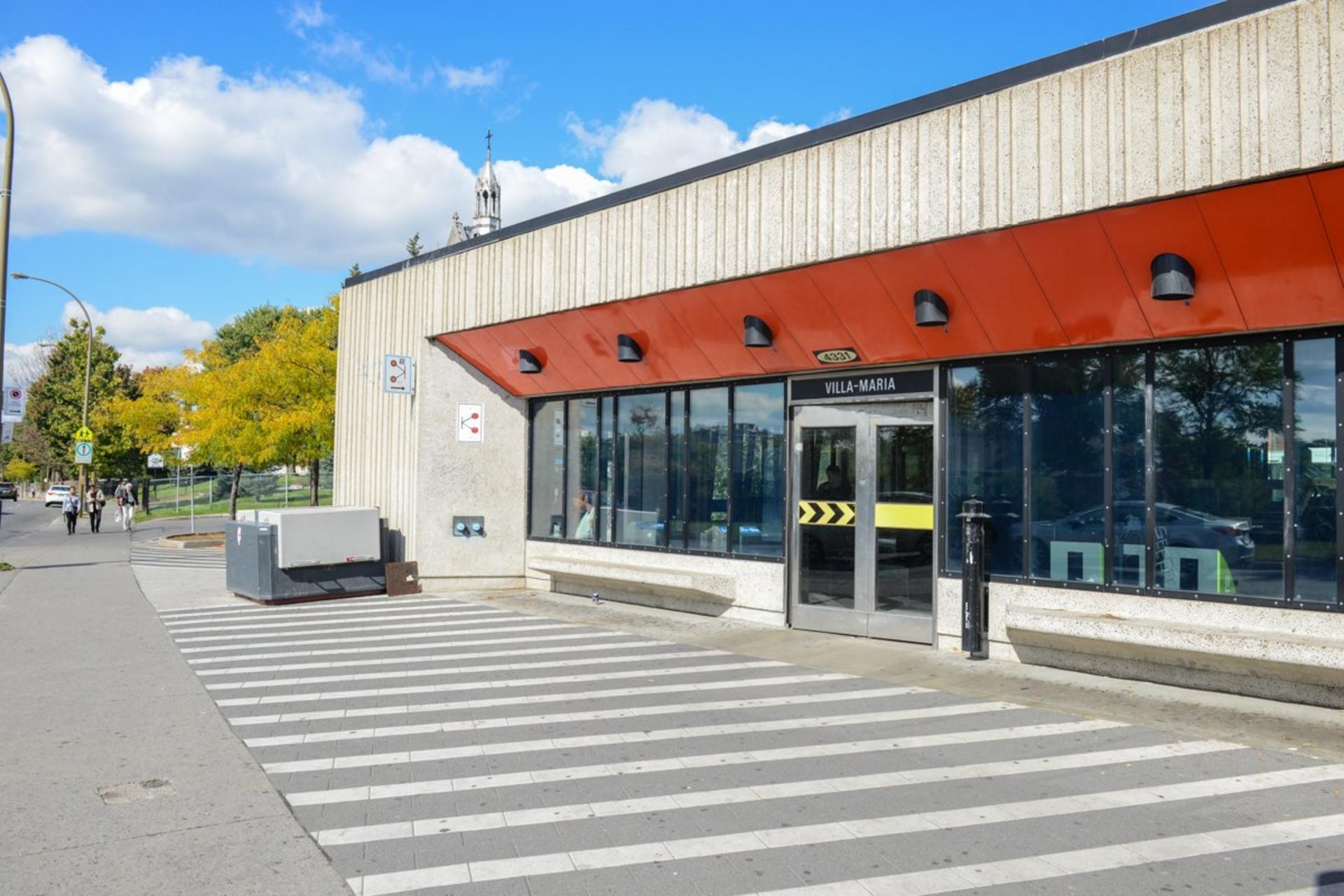 image 24 - Appartement À vendre Côte-des-Neiges/Notre-Dame-de-Grâce Montréal  - 7 pièces