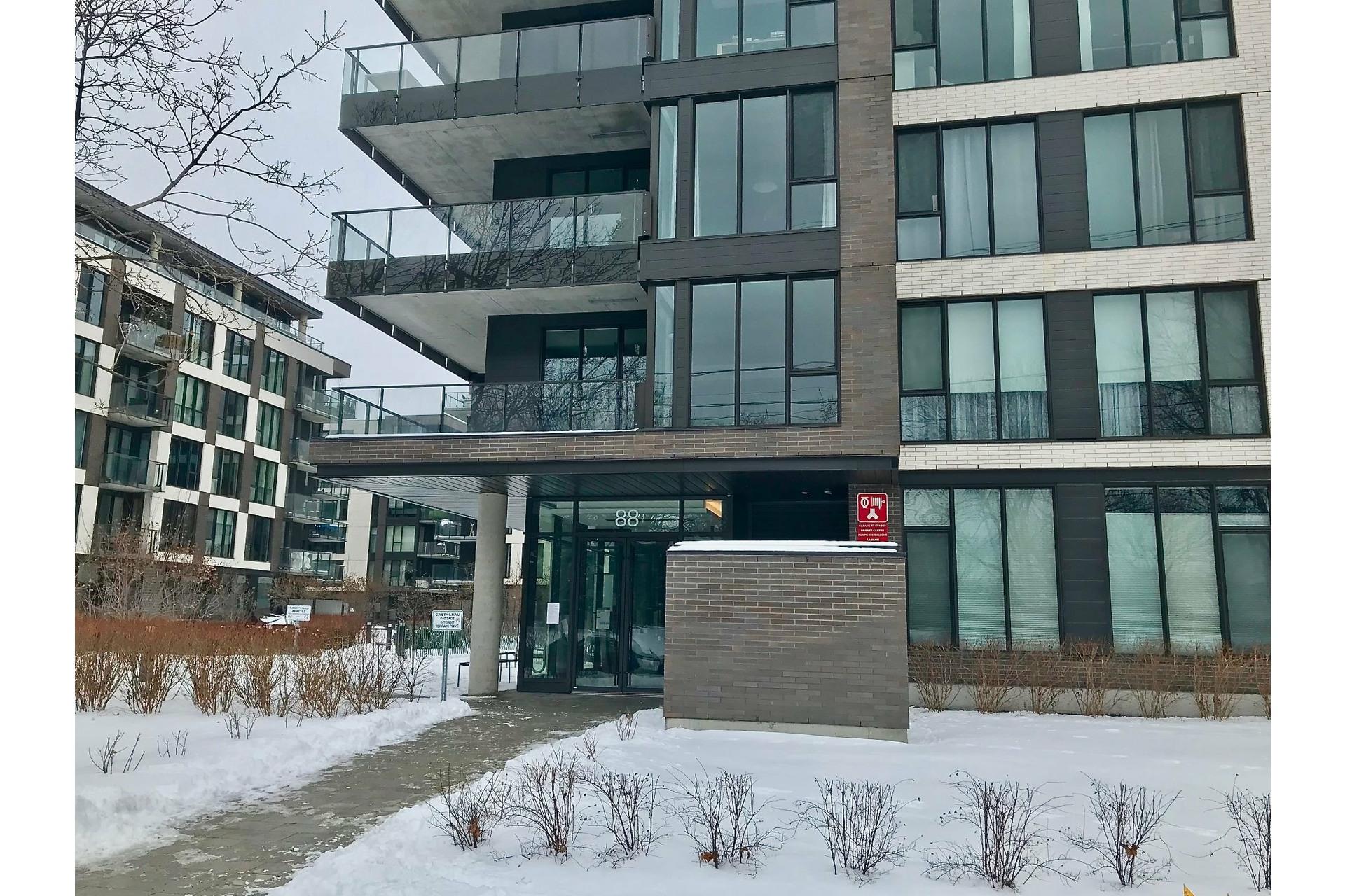 image 15 - Appartement À vendre Villeray/Saint-Michel/Parc-Extension Montréal  - 4 pièces