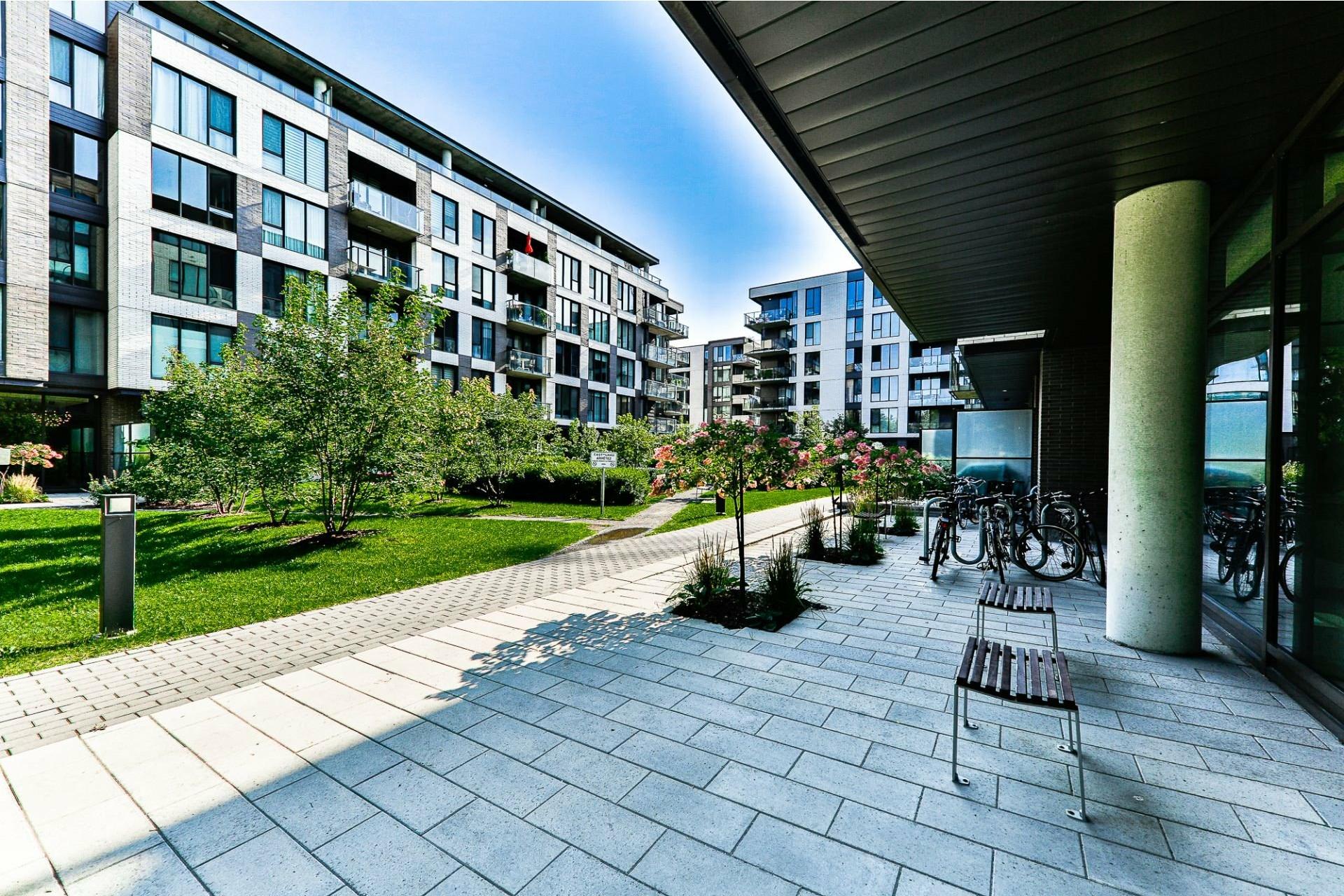image 13 - Appartement À vendre Villeray/Saint-Michel/Parc-Extension Montréal  - 4 pièces