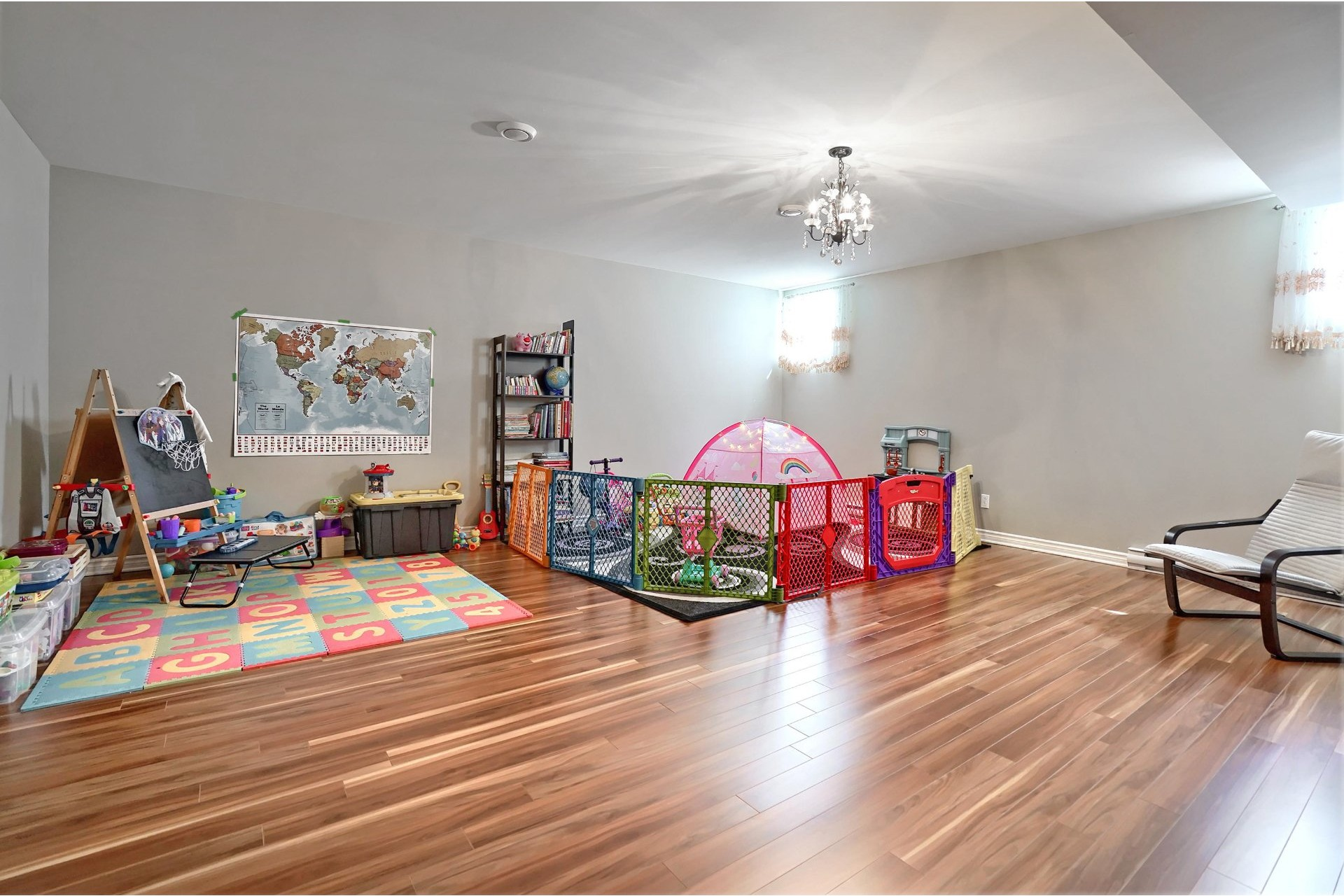 image 21 - House For sale Brossard - 11 rooms