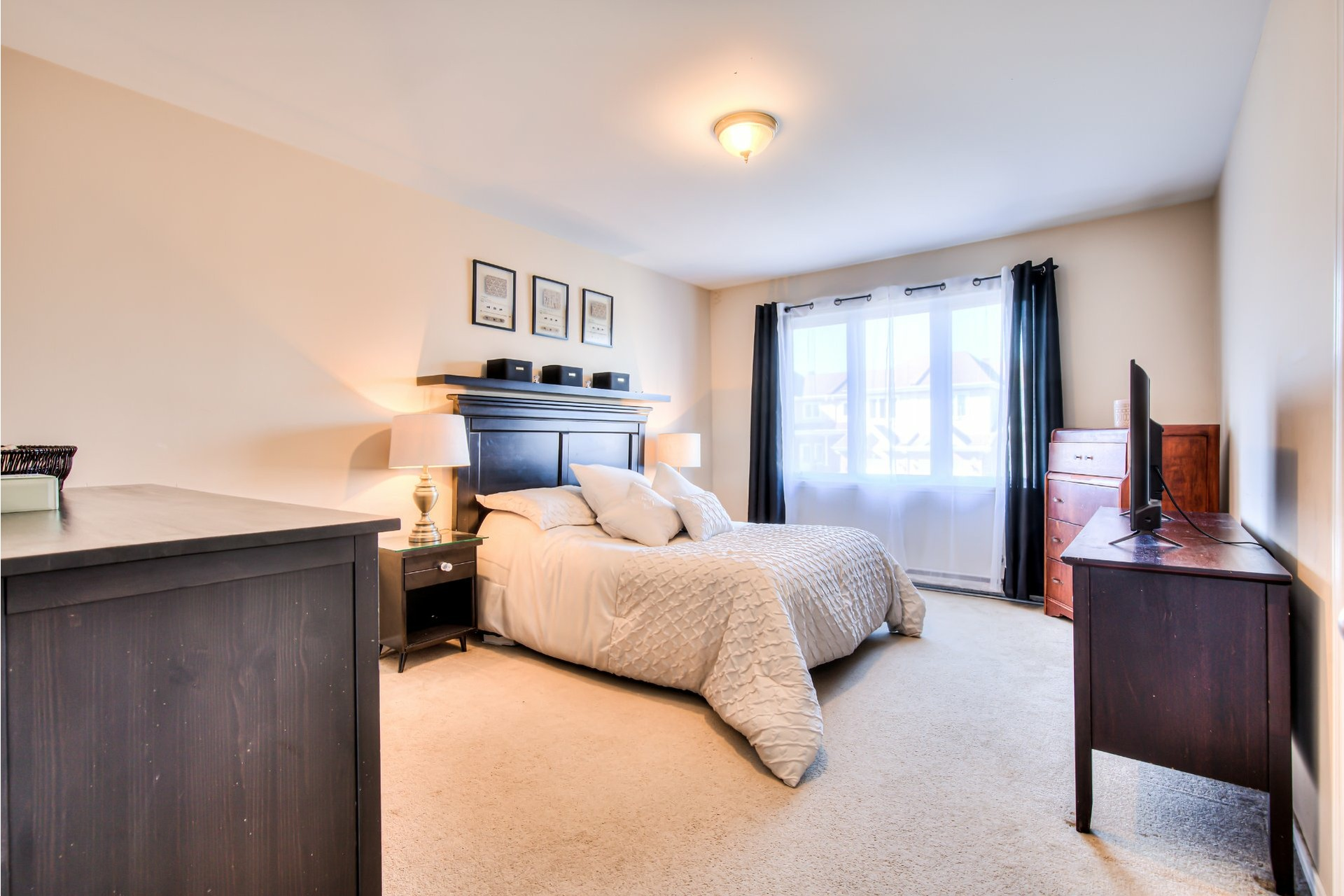 image 17 - House For sale Pincourt - 11 rooms
