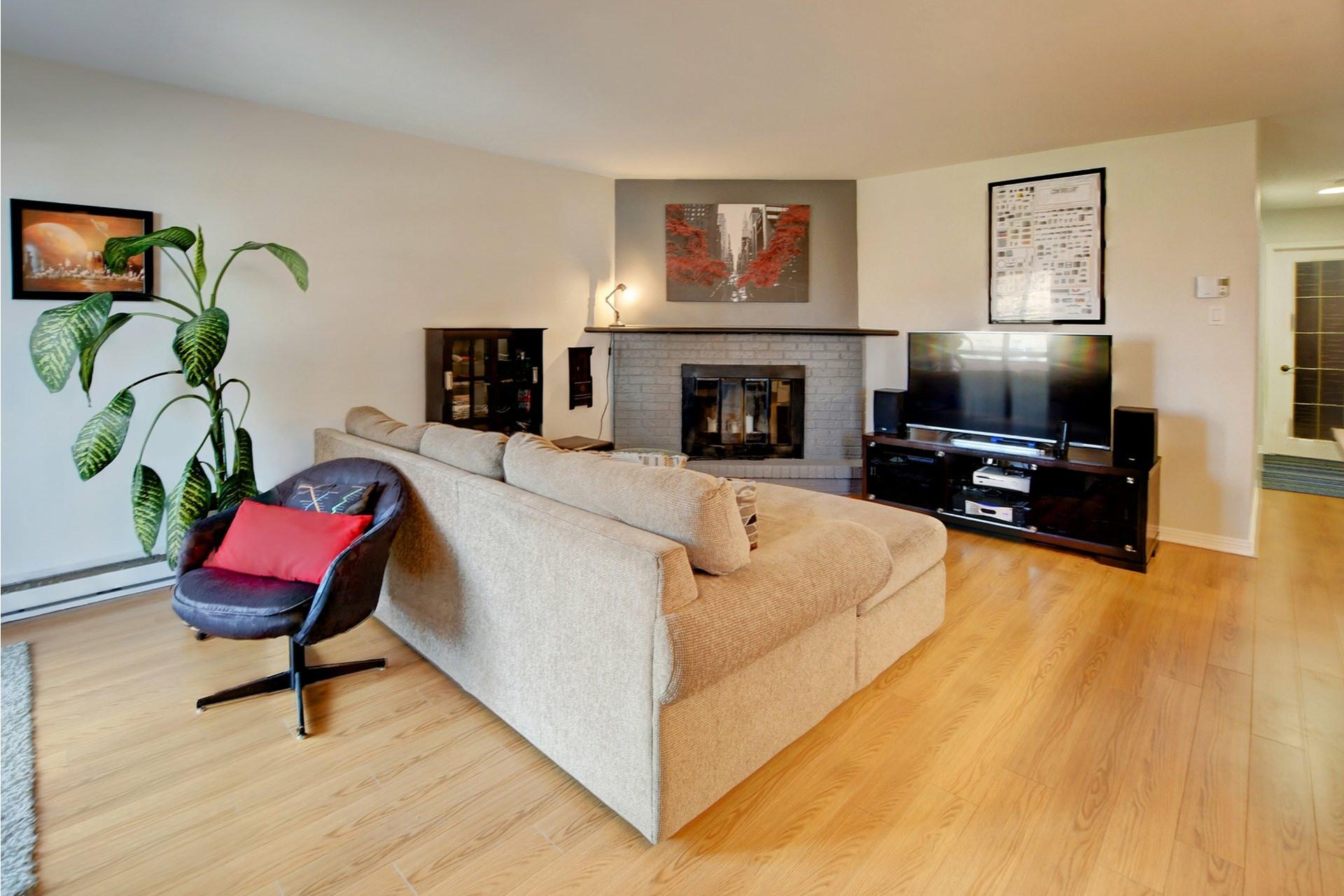 image 9 - Apartment For sale Rivière-des-Prairies/Pointe-aux-Trembles Montréal  - 9 rooms